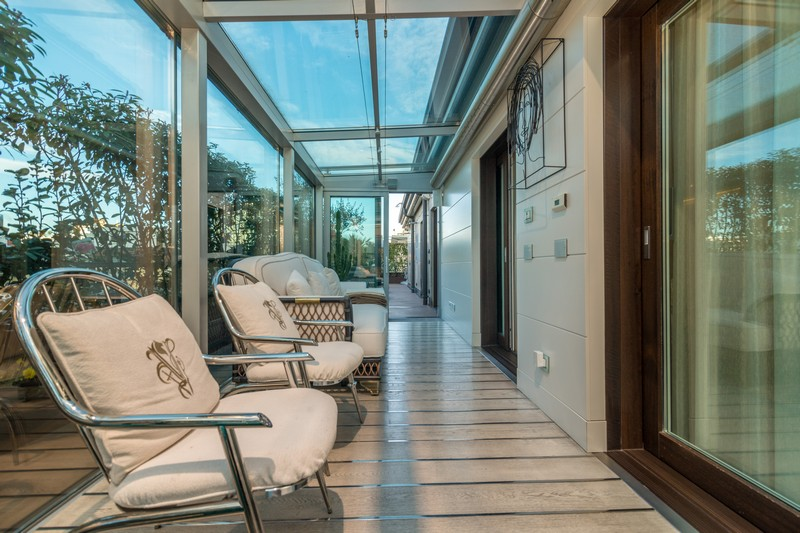 Additional photo for property listing at Exclusive penthouse a short walk from Duomo's steeples Galleria Pattari Milano, Milan 20121 Italy