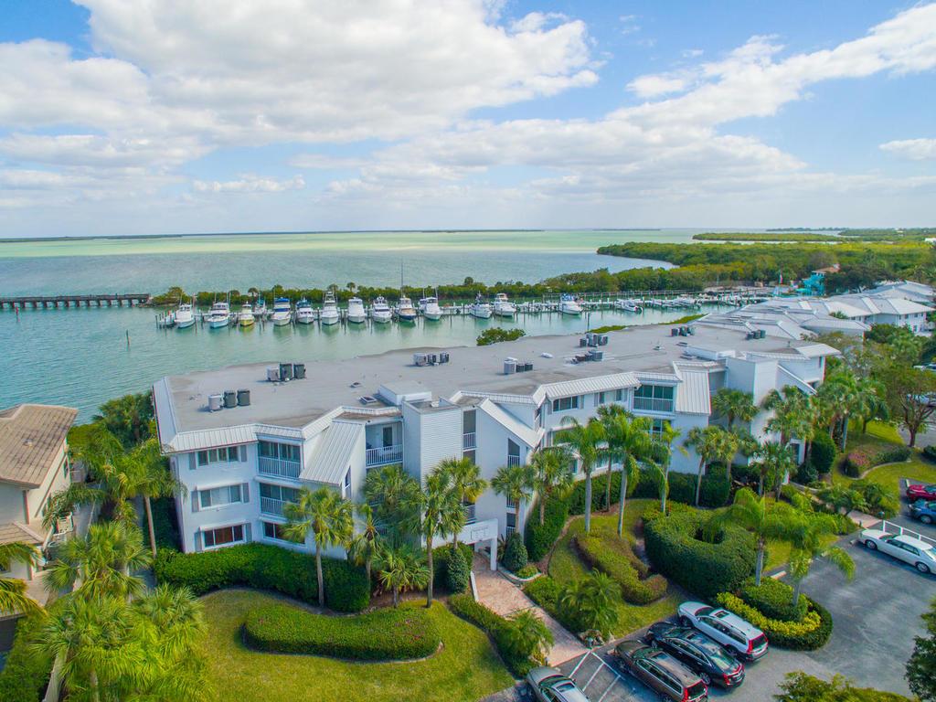 Appartement en copropriété pour l Vente à 5858 Gasparilla Rd Unit MM44 5858 Gasparilla Rd. Unit 44 Boca Grande, Florida, 33921 États-Unis