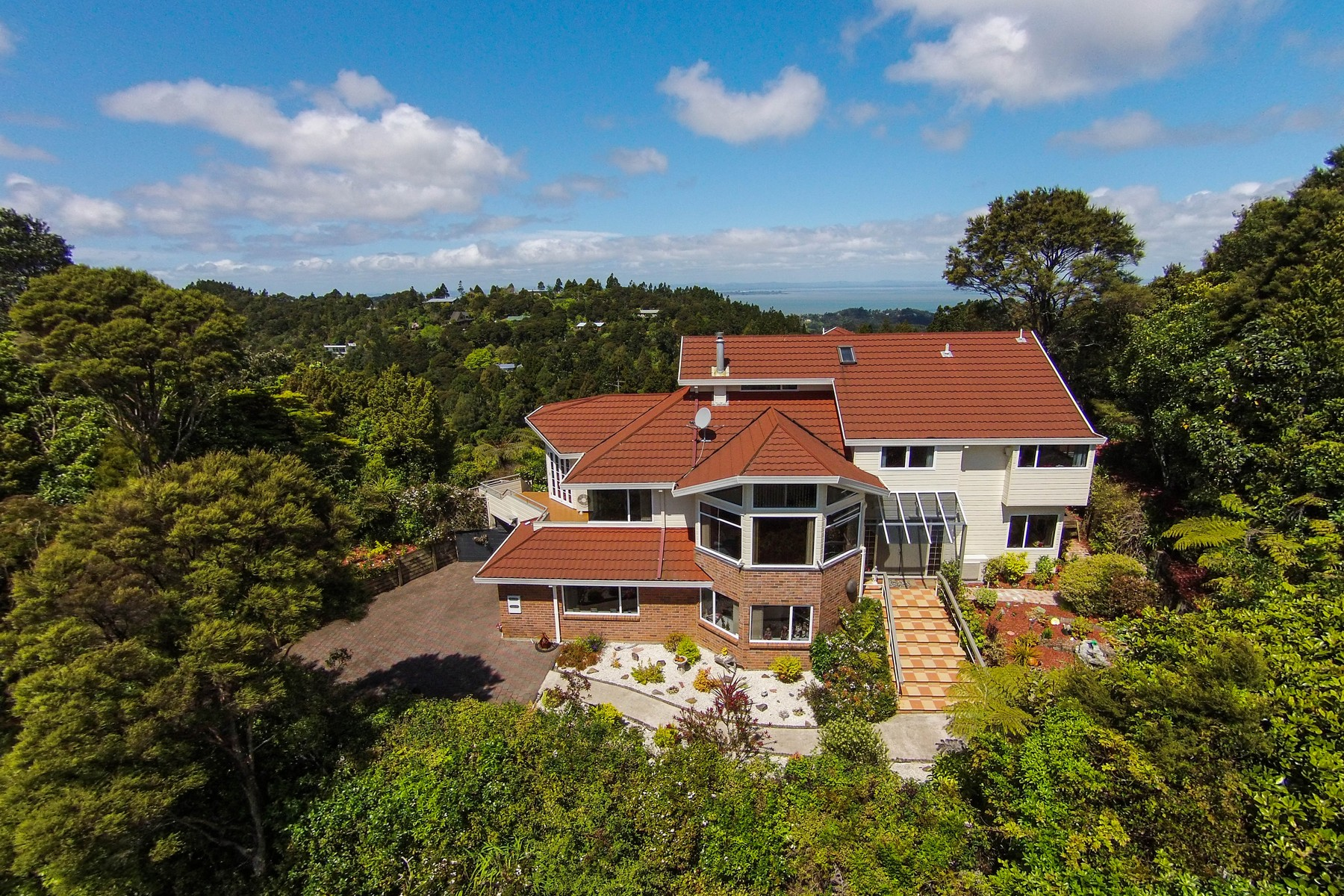 Single Family Home for Sale at 193 Carter Road 193 Carter Road Titirangi Other Auckland, Auckland 0604 New Zealand