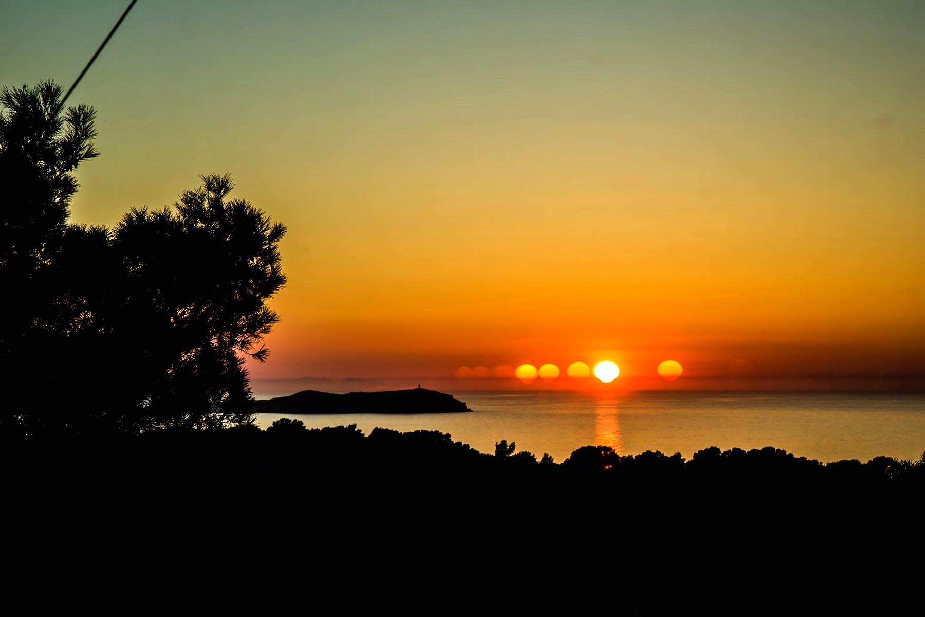 Einfamilienhaus für Verkauf beim Villa Mit Meerblick An Ibizas Westküste Ibiza, Ibiza 07820 Spanien