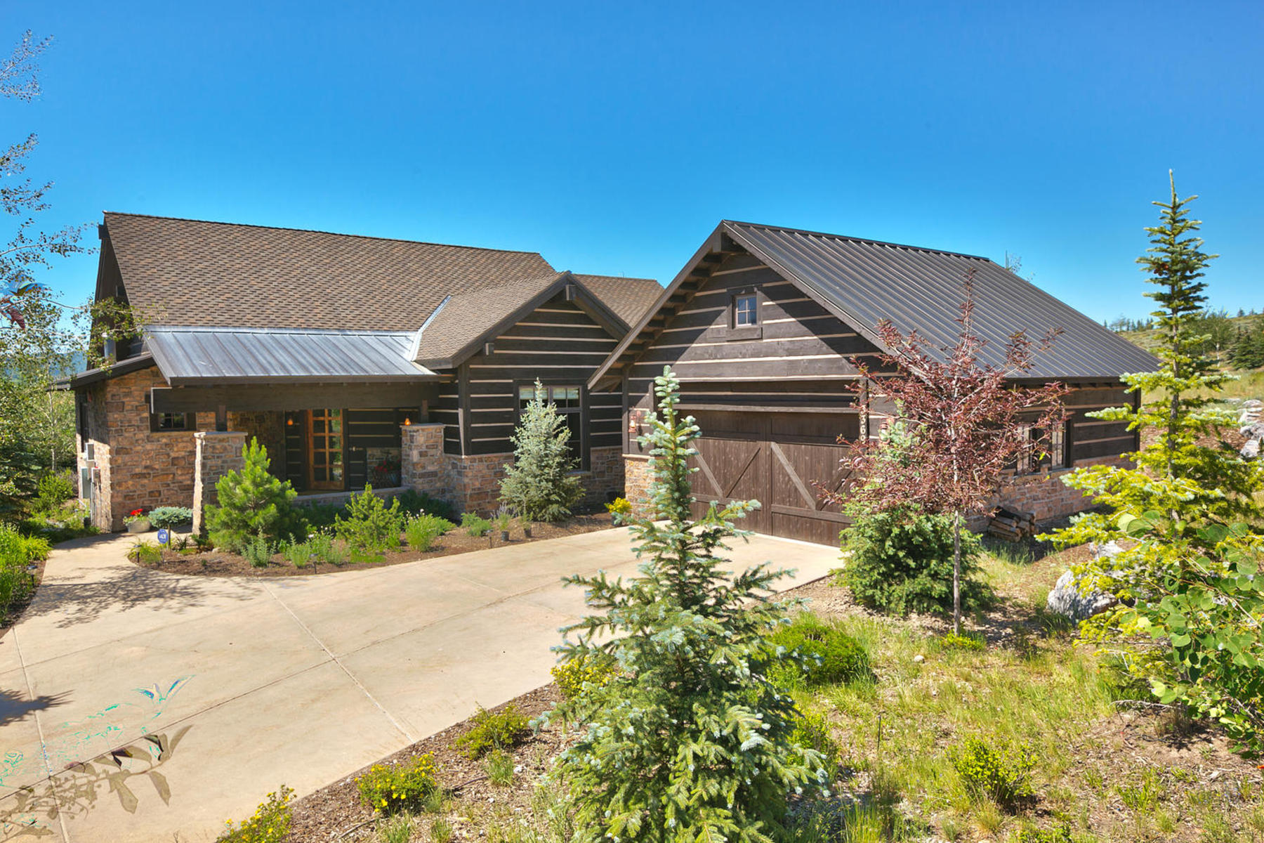 Single Family Home for Sale at Stunning Cabin with Golf Course Views 3369 Tatanka Trail Park City, Utah 84098 United States