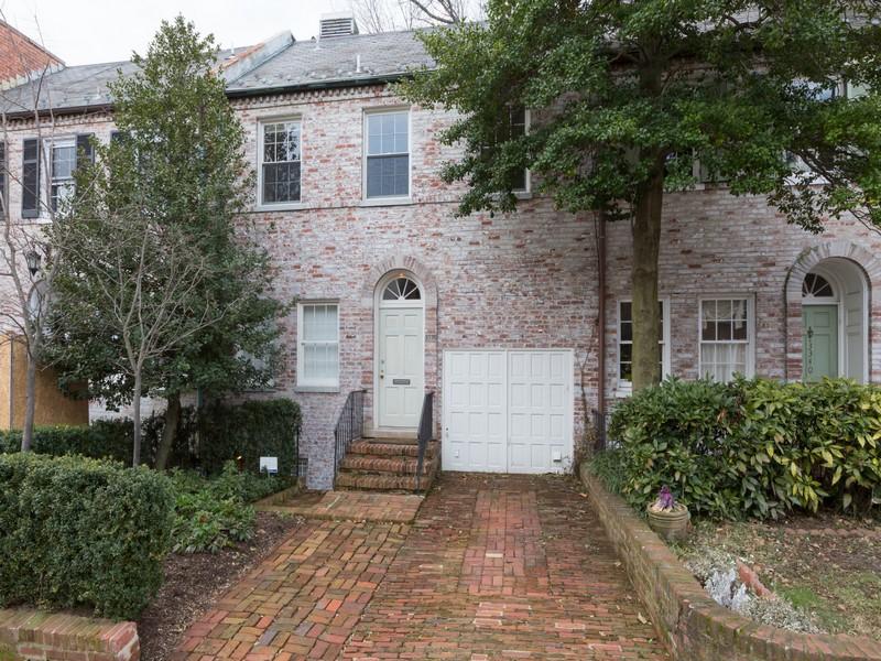 タウンハウス のために 売買 アット 3338 Dent Place Nw, Washington Washington, コロンビア特別区 20007 アメリカ合衆国
