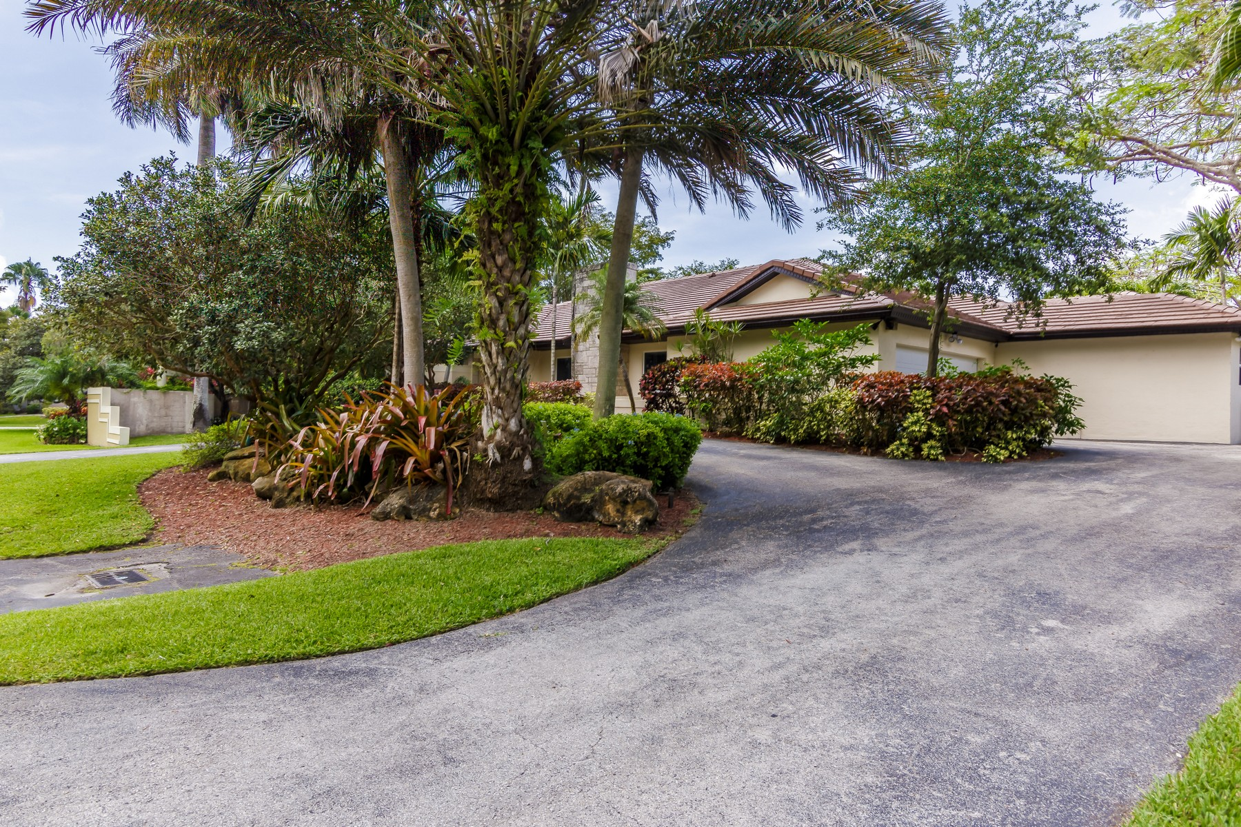 Property For Sale at 5720 SW 130 ter