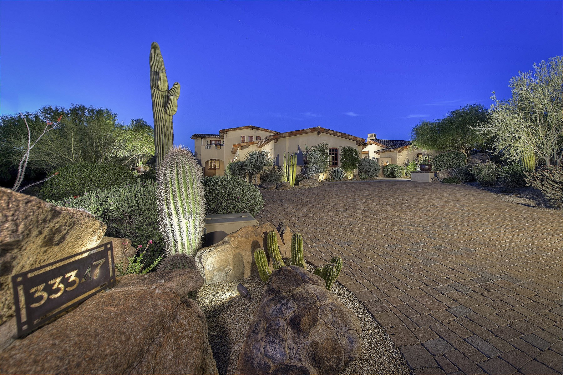 Single Family Home for Sale at Elegant retreat in Whisper Rock Estates 33347 N Vanishing Trl Scottsdale, Arizona, 85266 United States