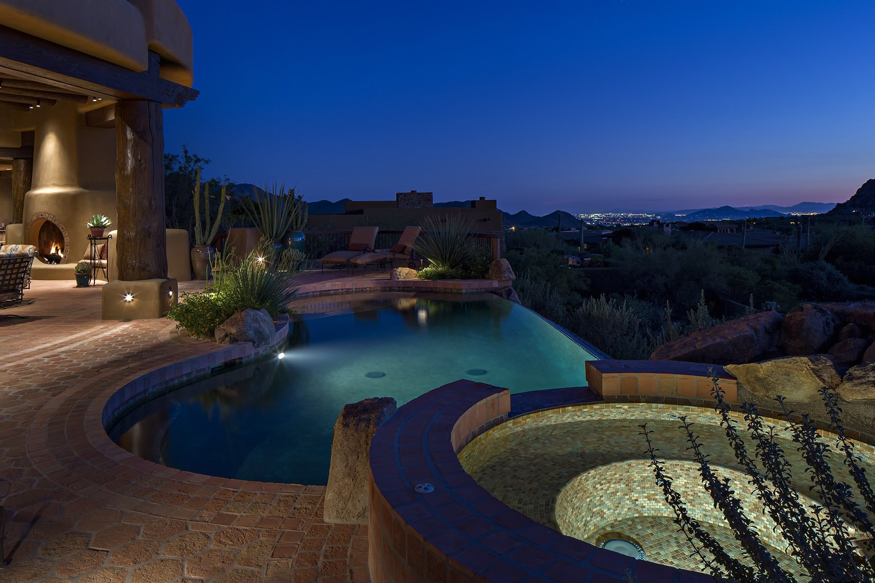 Частный односемейный дом для того Продажа на Custom Pueblo-Style Home In The Exclusive Gated Community Of Privada 10585 E Crescent Moon Drive #48 Scottsdale, Аризона 85262 Соединенные Штаты
