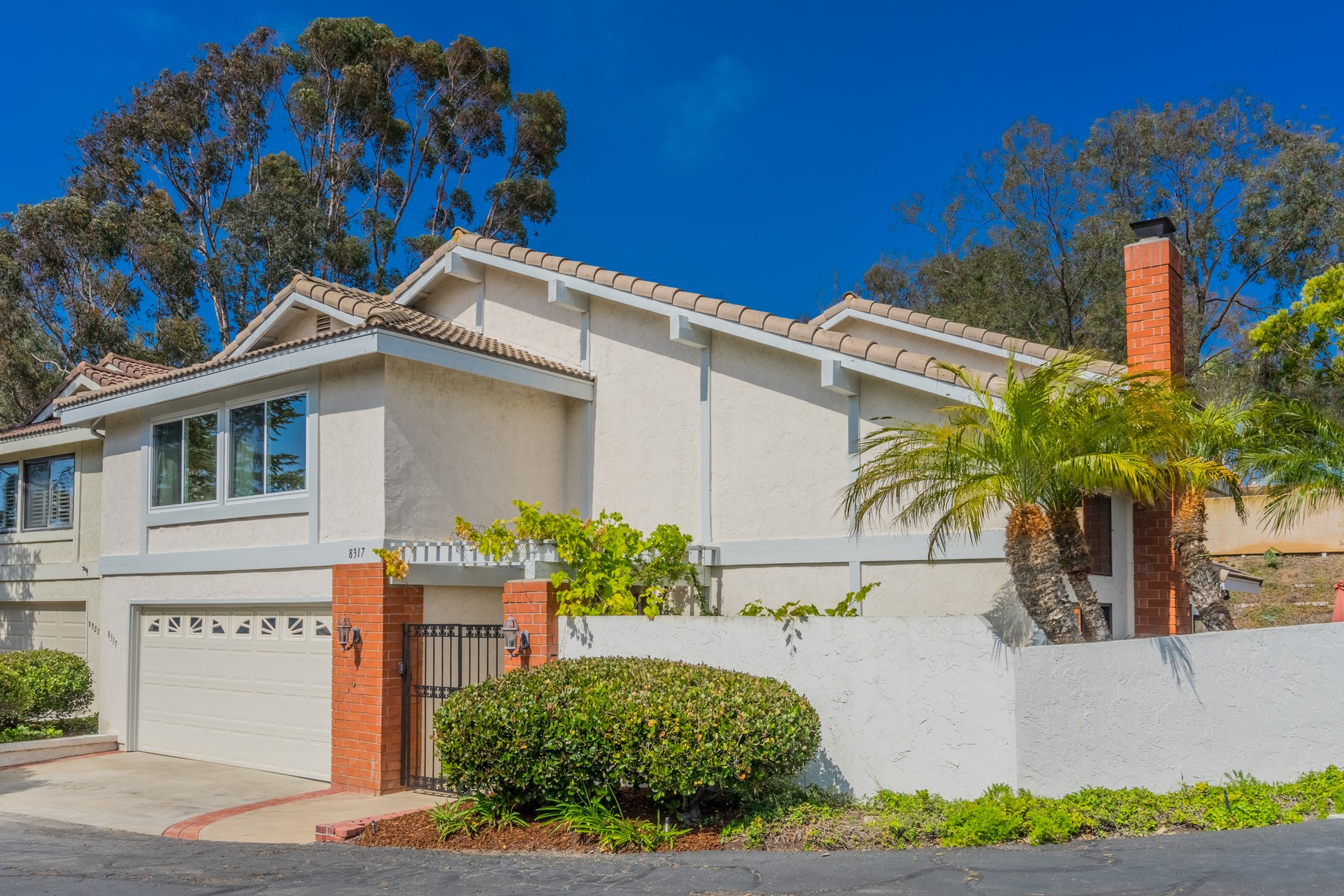 Additional photo for property listing at 8317 Caminito Helecho  La Jolla, California 92037 United States