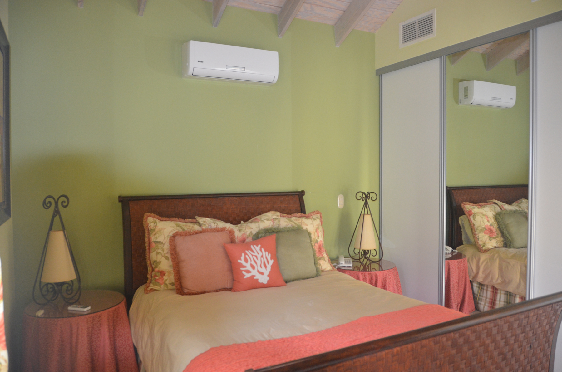 Additional photo for property listing at The Karawara Malmok, Aruba Aruba