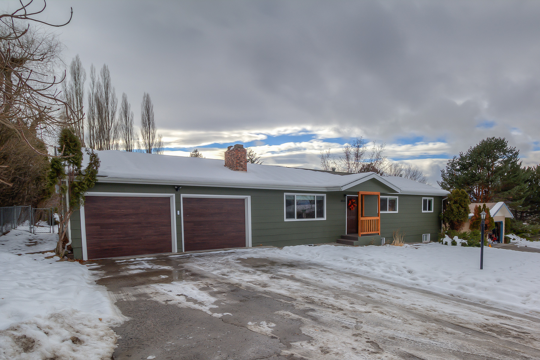 Single Family Home for Sale at 303 High Park Missoula, Montana 59803 United States