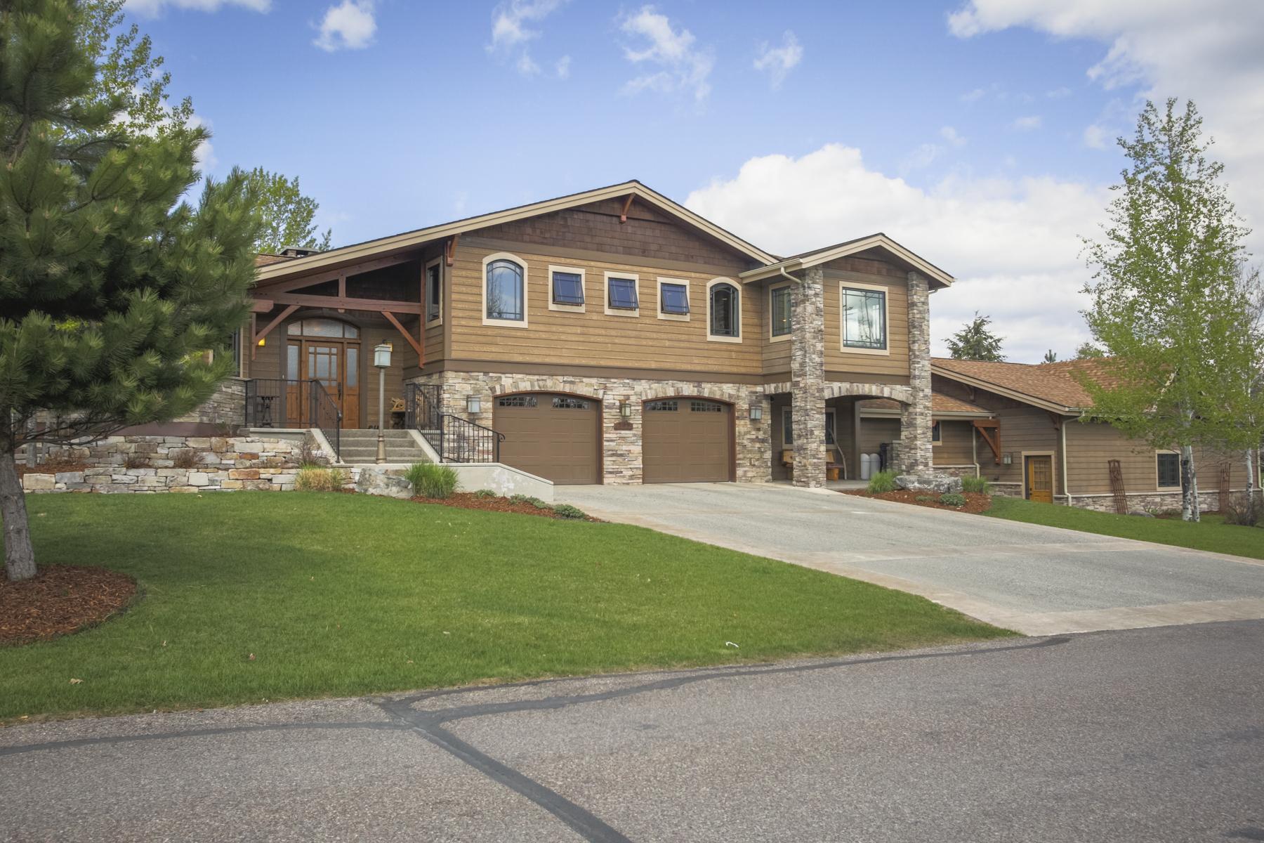 Casa Unifamiliar por un Venta en Whitefish Lake Golf Course Home 309 Fairway Dr Whitefish, Montana 59937 Estados Unidos