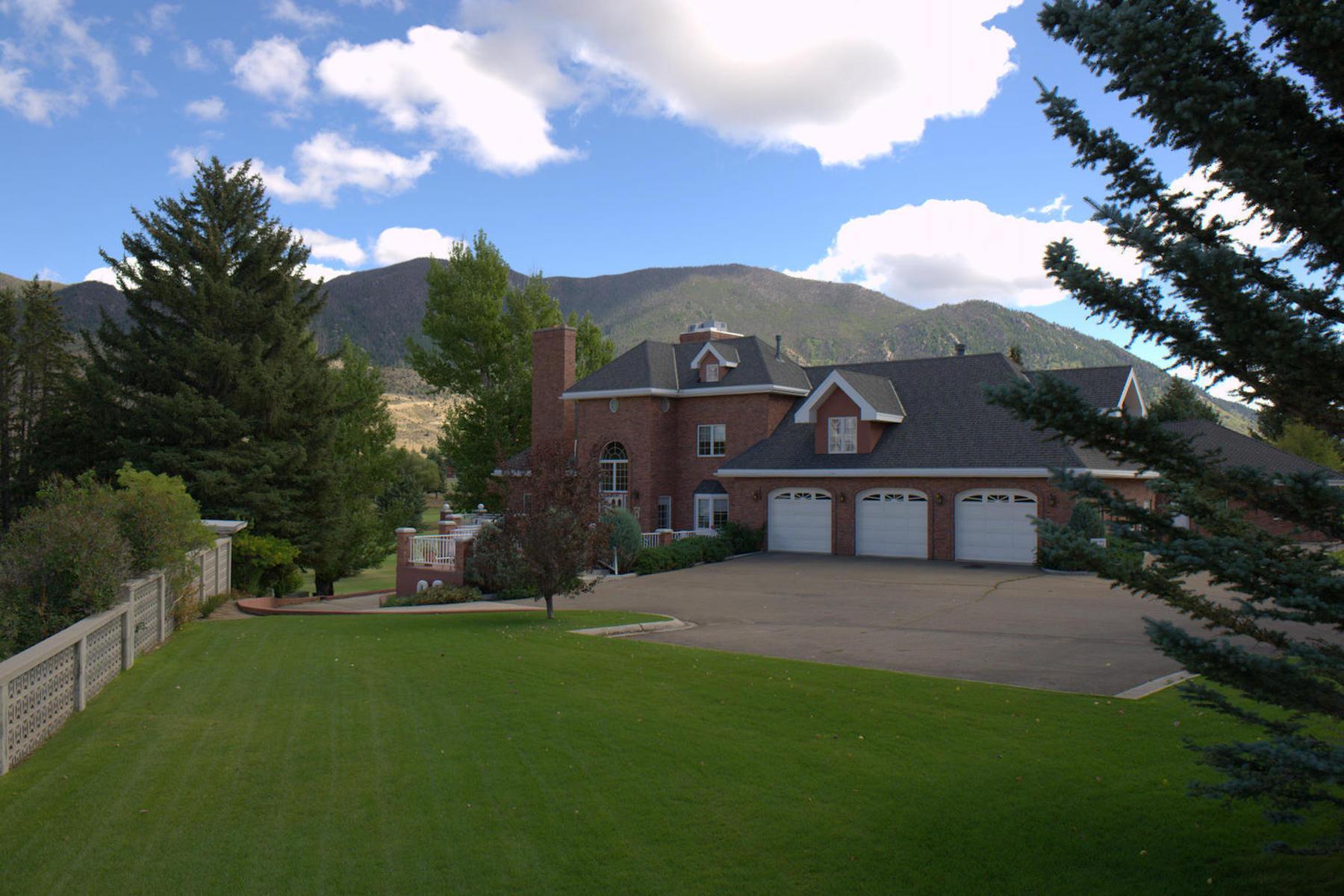 Maison unifamiliale pour l Vente à Toad Hall Manor 1 Green Lane Butte, Montana, 59701 États-Unis