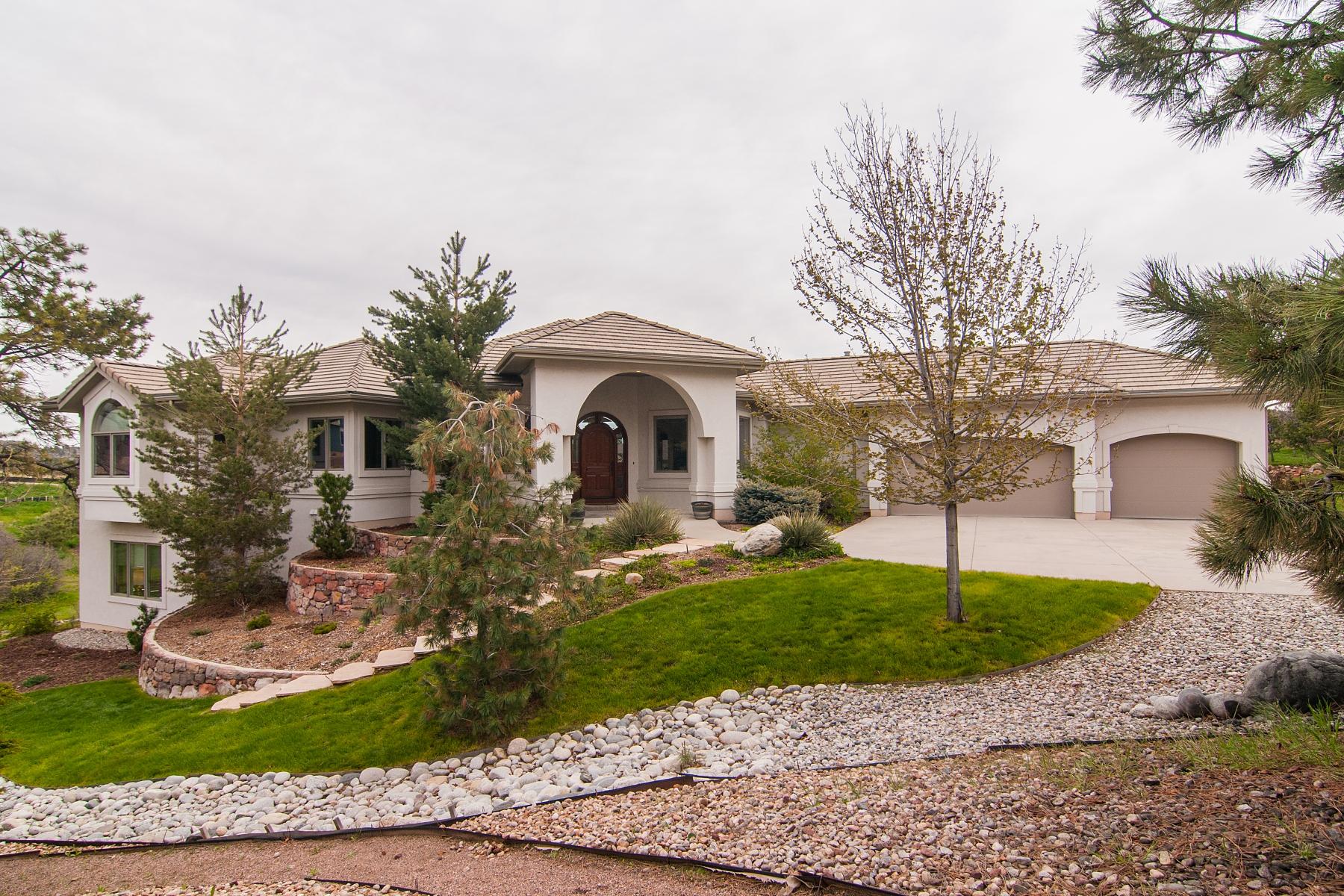 Single Family Home for Sale at 2085 Kahala Cir Castle Rock, Colorado 80104 United States