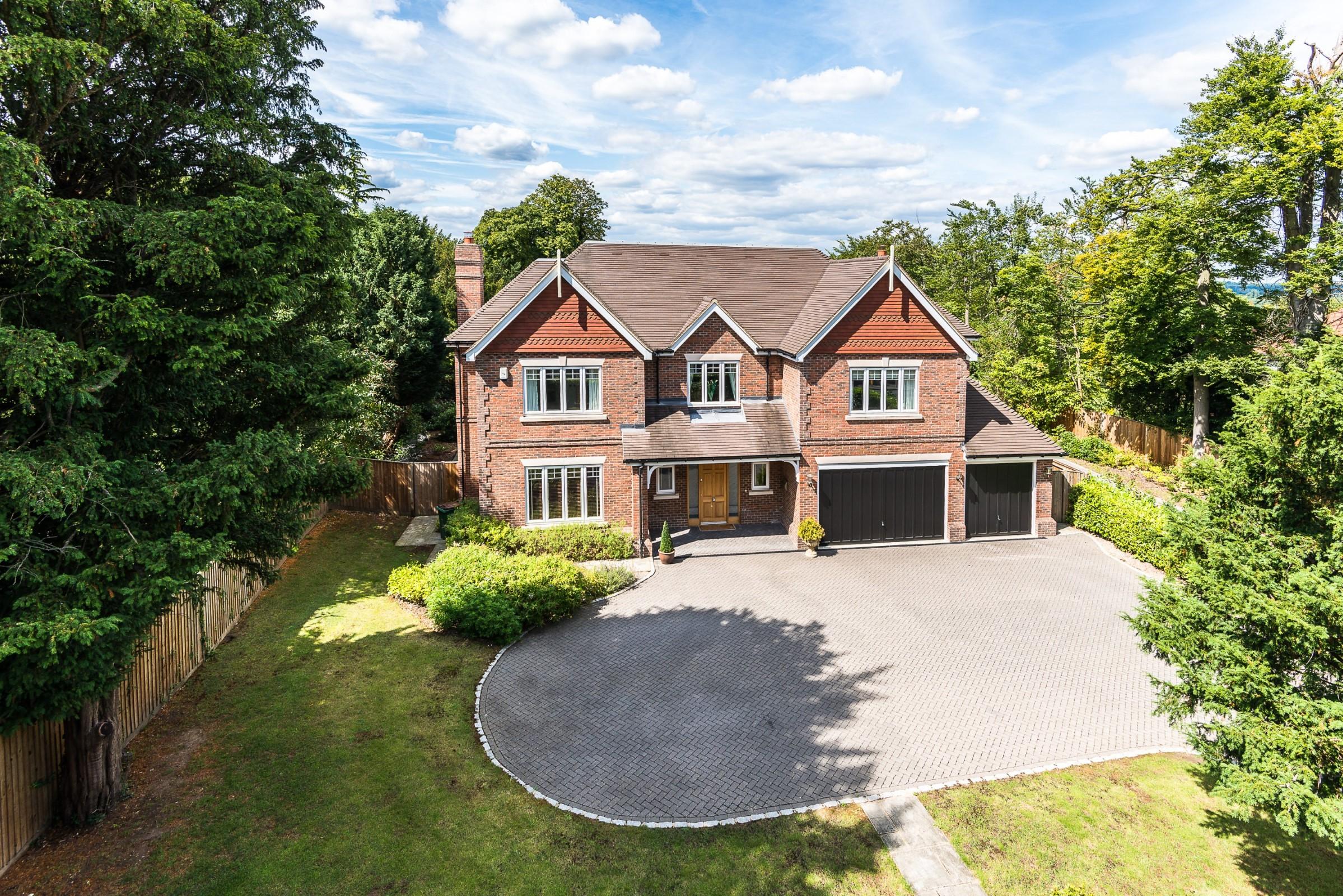 一戸建て のために 売買 アット Fetcham, Surrey Guildford Road Fetcham, イギリス, KT229DP イギリス