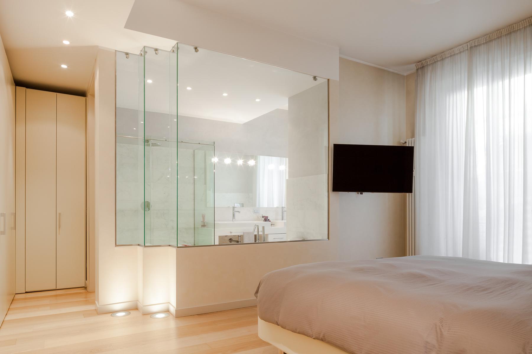 Additional photo for property listing at Elegant apartment in historic Palazzo Corso Venezia Milano, Milan 20121 Italien