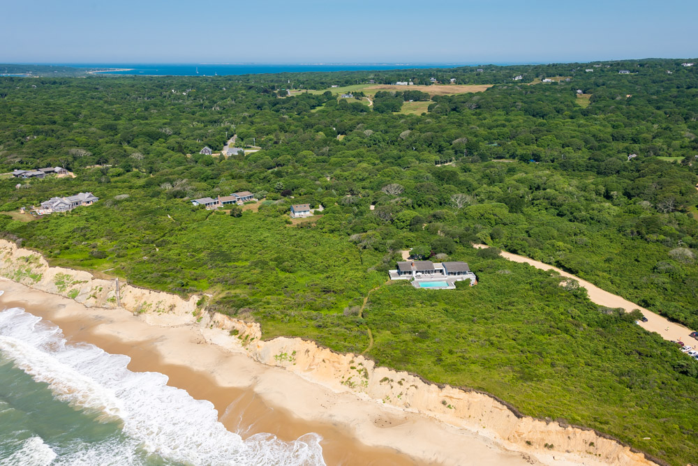 Property For Sale at Waterfront on Lucy Vincent Beach