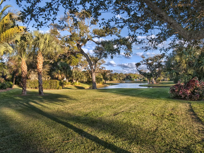 Đất đai vì Bán tại Riverview Homesite in River Club at Carlton 1335 River Club Dr Vero Beach, Florida 32963 Hoa Kỳ