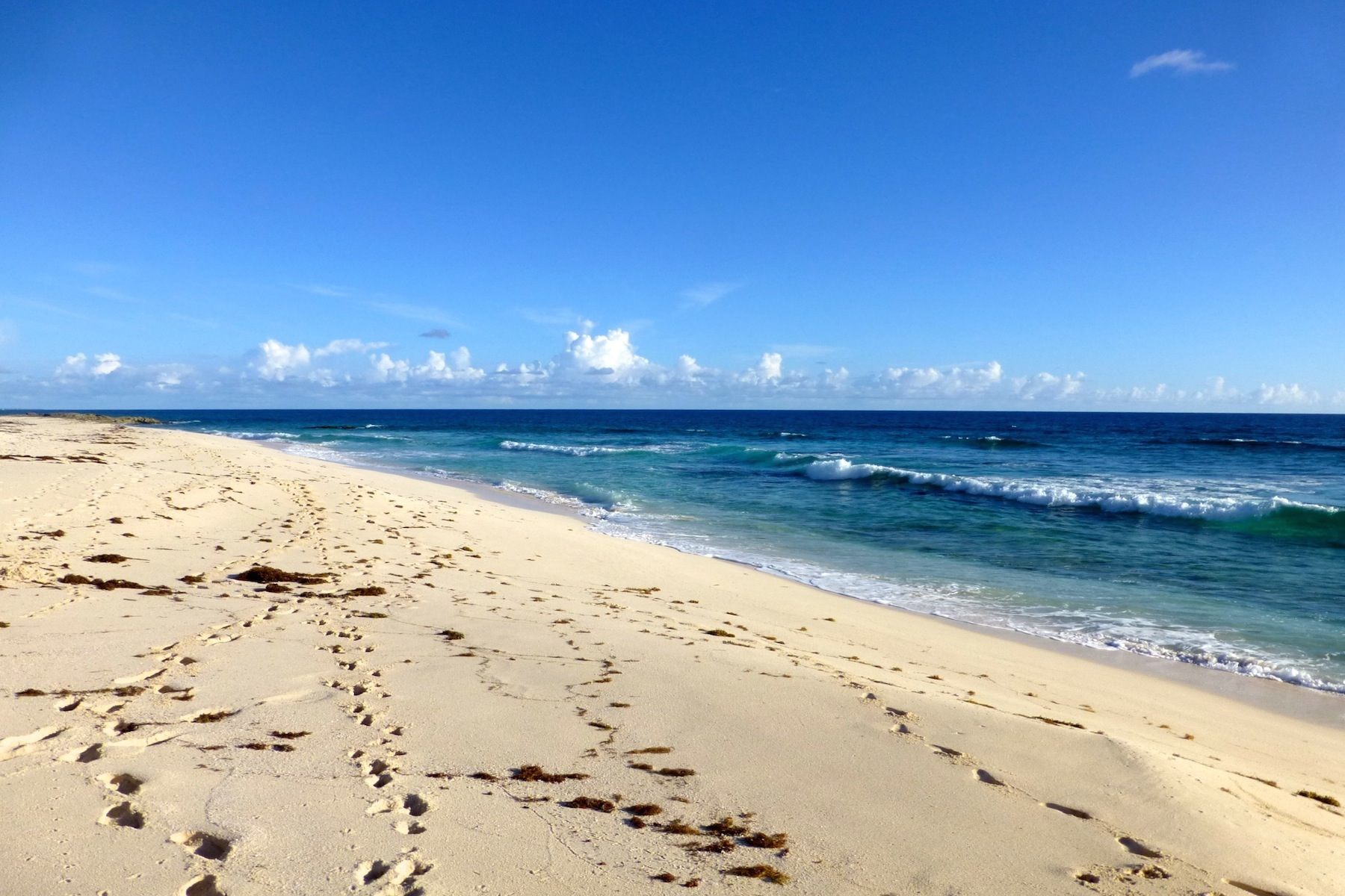 Additional photo for property listing at 10.5 Acre Property Gaulding Cay Gregory Town, Eleuthera Bahamas