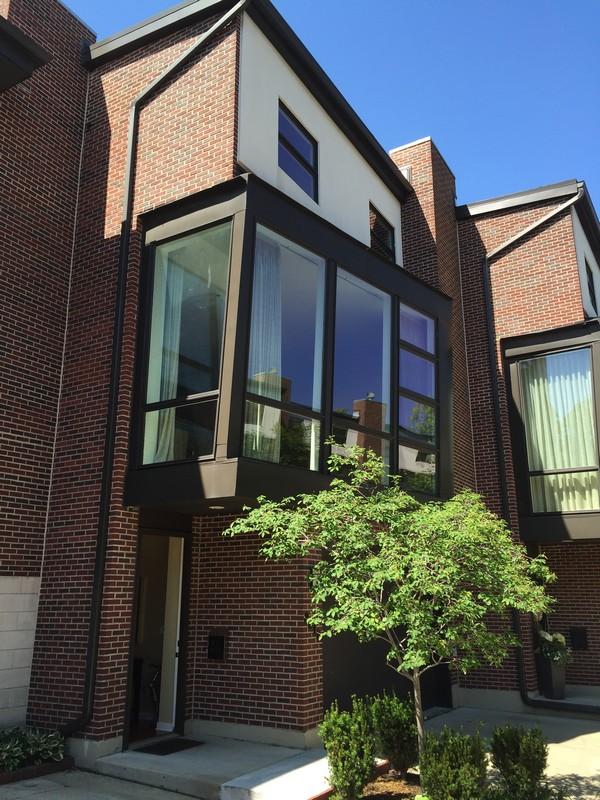 Vivienda unifamiliar por un Venta en Lincoln Park Townhome 2317 N Bosworth Avenue Chicago, Illinois 60614 Estados Unidos