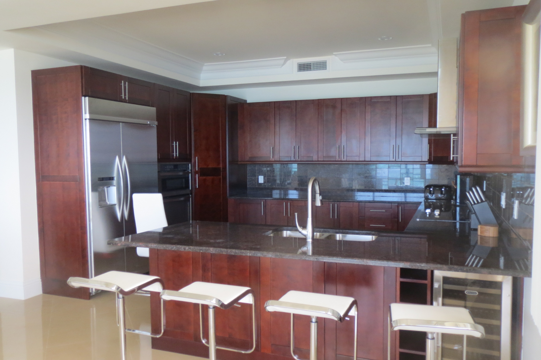 Additional photo for property listing at Columbus Cove Beachfront Townhouse Columbus Cove, 爱情海滩, 新普罗维登斯/拿骚 巴哈马