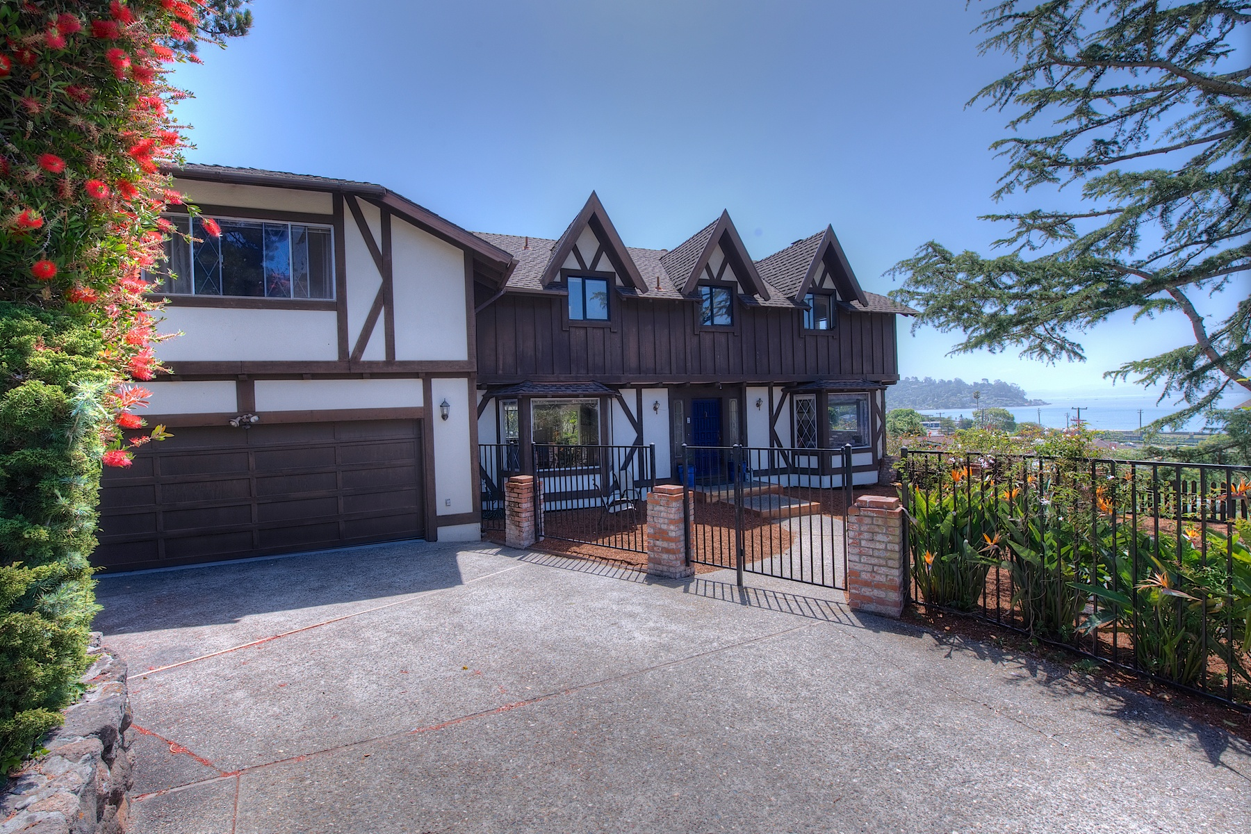Single Family Home for Sale at IDEAL LOCATION WITH VIEWS! 2 Theresa Ct Tiburon, California 94920 United States