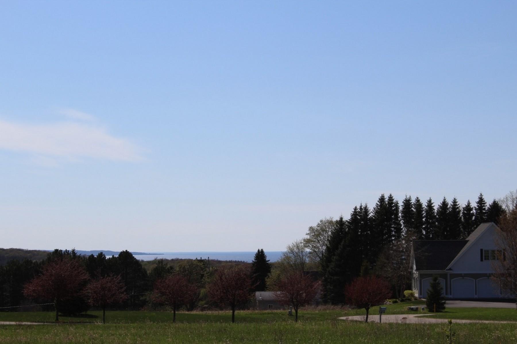 Terreno para Venda às Siebenhar Water View Lot 16 Siebenhar Way Unit #16 Petoskey, Michigan, 49770 Estados Unidos