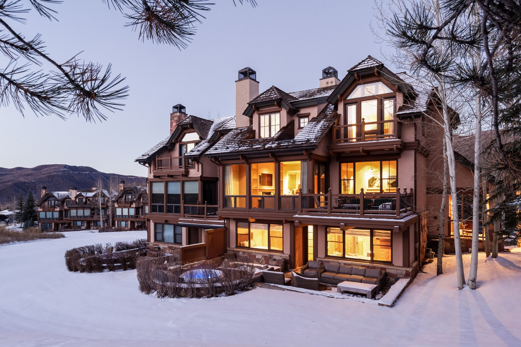Maison de ville pour l Vente à Owl Creek Home 408 408 Burnt Mountain Drive Snowmass Village, Colorado 81615 États-Unis