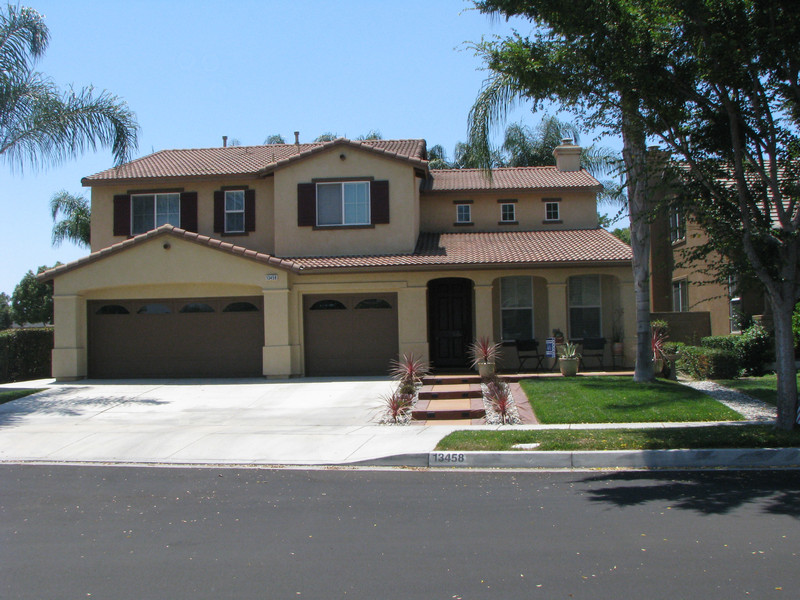 Property For Sale at ATTRACTIVE & SPACIOUS HOME