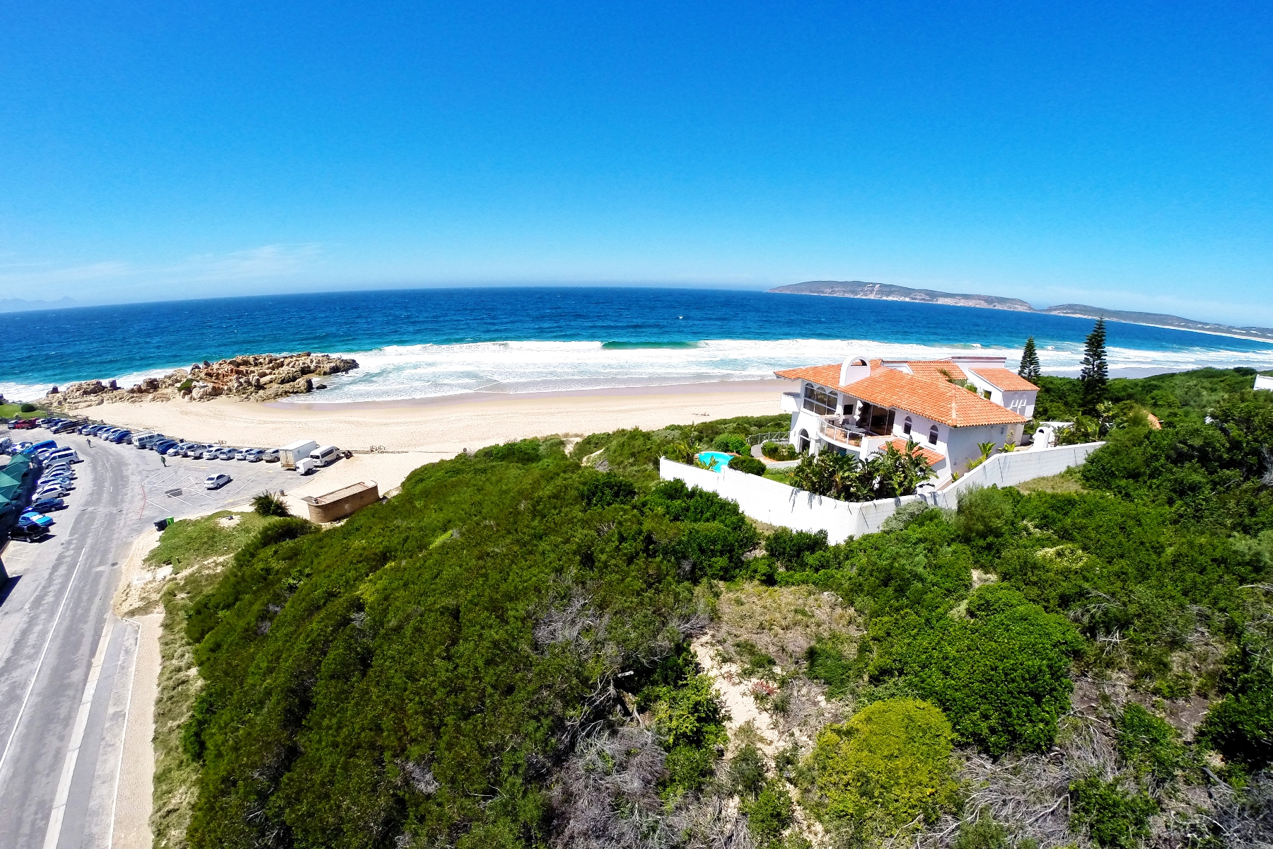 Terrain pour l Vente à Beachfront Stand Plettenberg Bay, Cap-Occidental 6600 Afrique Du Sud
