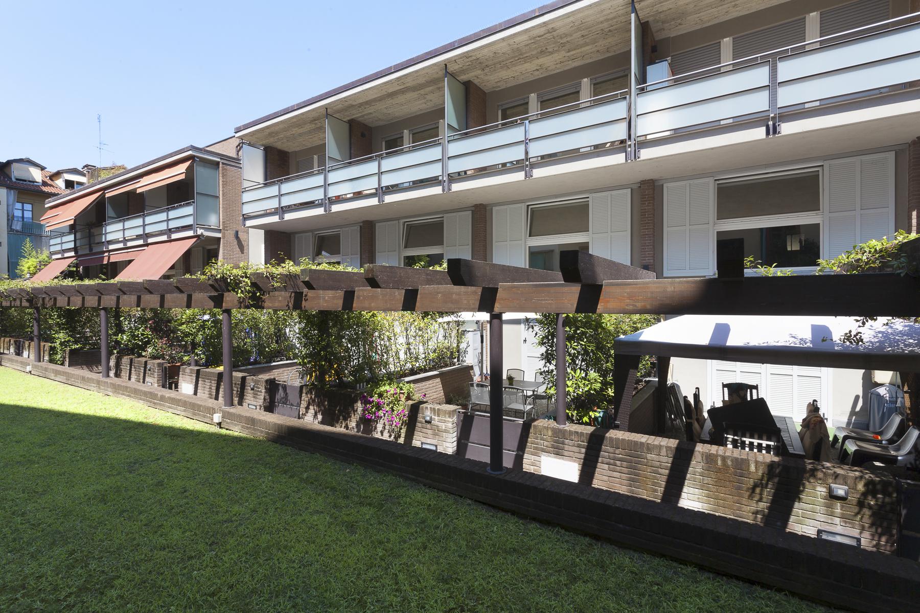 Appartement pour l à louer à Apartment modernly furnished Via Sciolze Turin, Turin 10132 Italie