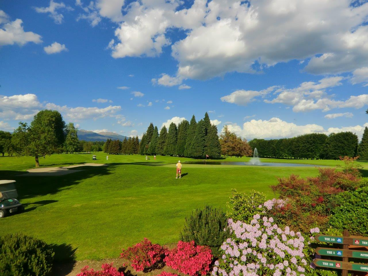 Additional photo for property listing at Multi level apartament inside Monticello golf club Via Volta Monticello, Como 22070 Italie