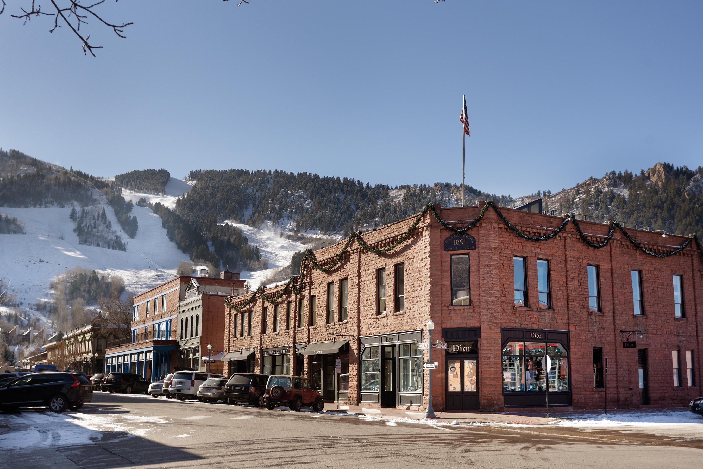 Eigentumswohnung für Verkauf beim World Class Condo 205 S Galena Street #13 Central Core, Aspen, Colorado, 81611 Vereinigte Staaten