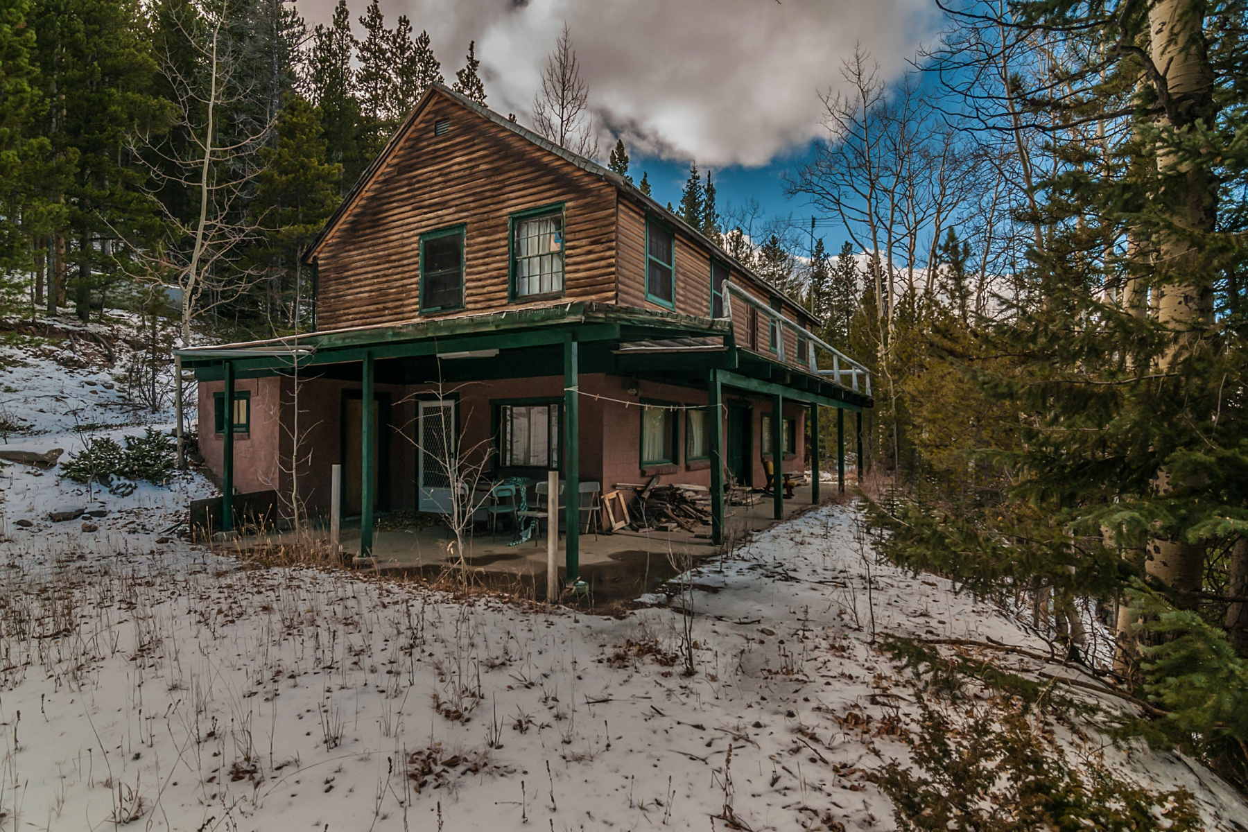 Property For Sale at Charming Vintage Cabin