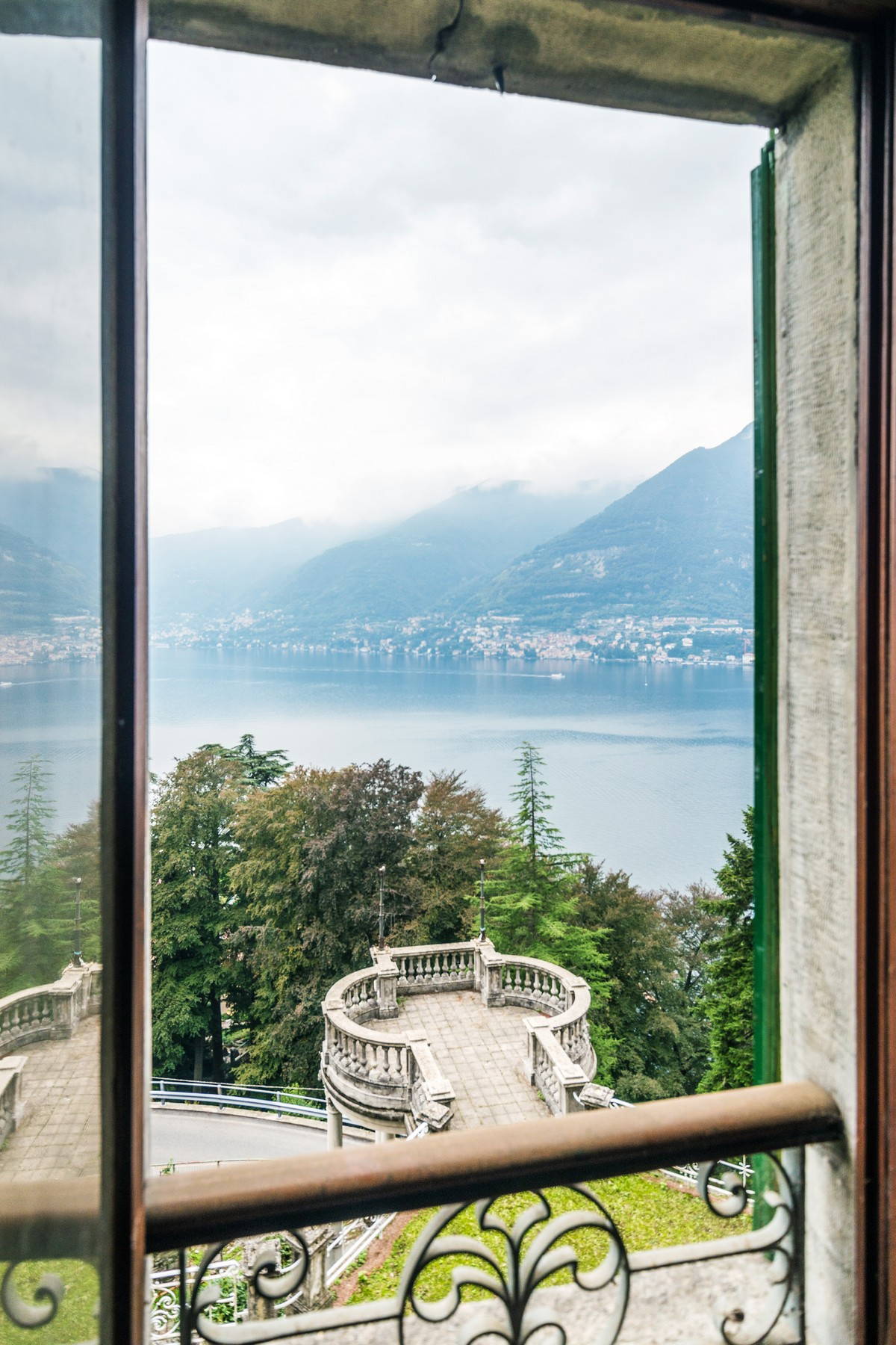 Additional photo for property listing at Distinguished panoramic XIXth century villa Via alle Rive Faggeto Lario, Como 22020 Italia