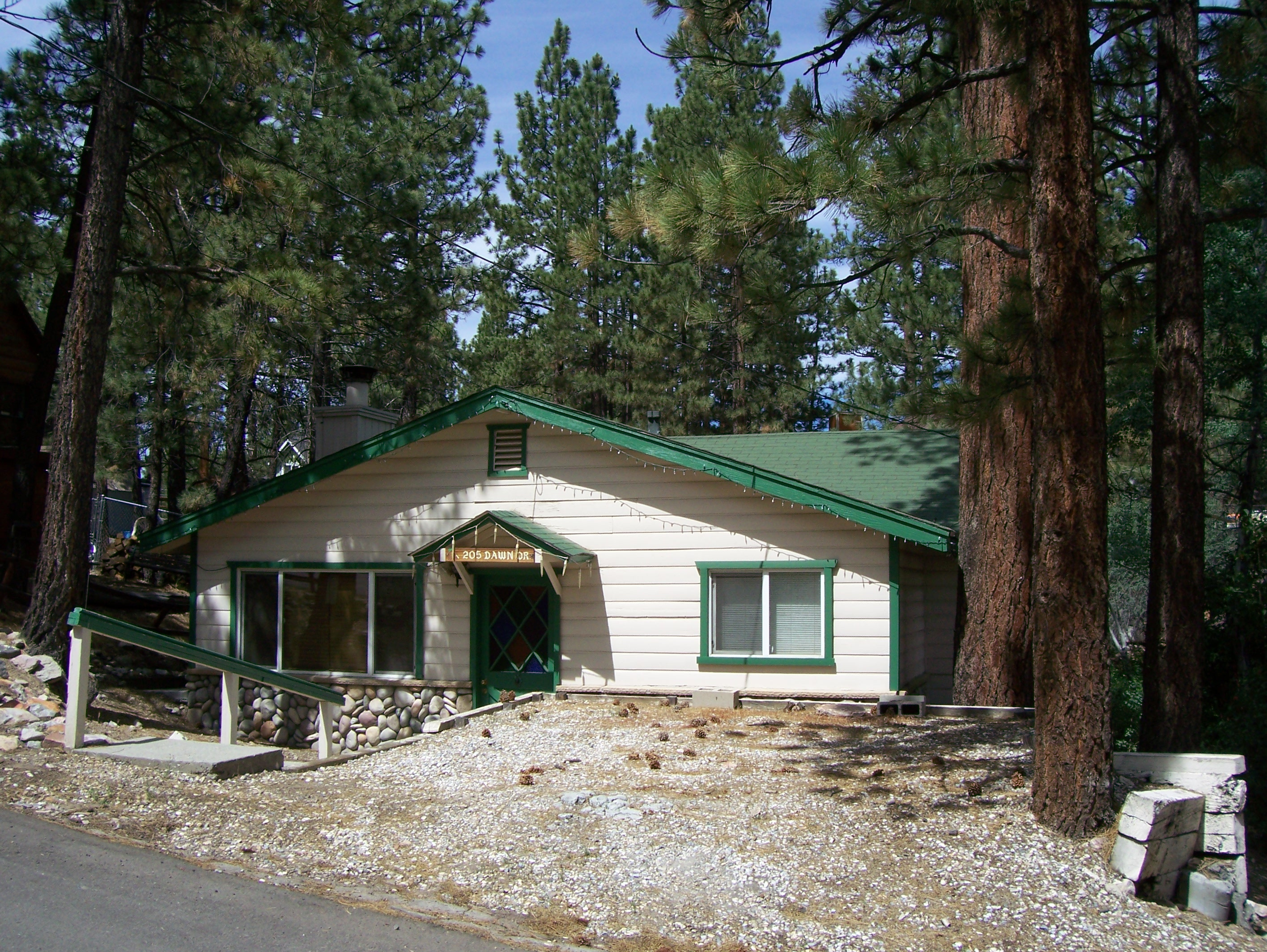 Single Family Home for Sale at 205 Dawn Big Bear City, California 92314 United States