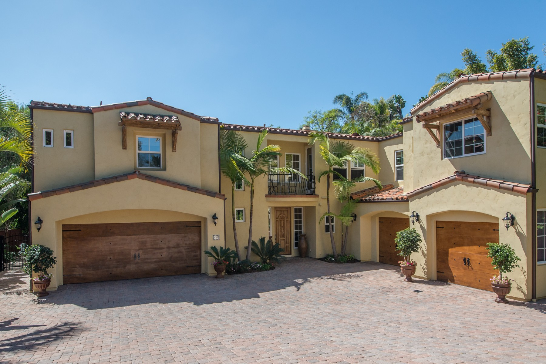 Additional photo for property listing at 427 El Sueno  Solana Beach, California 92075 United States
