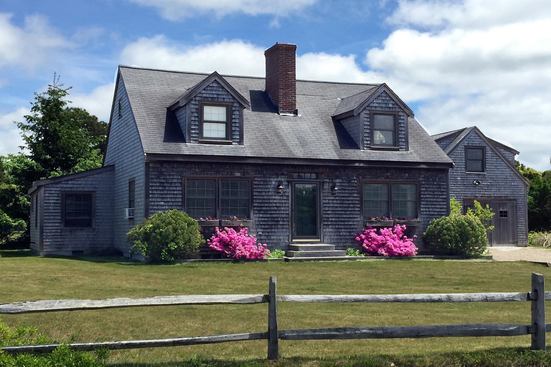 Einfamilienhaus für Verkauf beim Wonderful Neighborhood Nantucket, Massachusetts 02554 Vereinigte Staaten