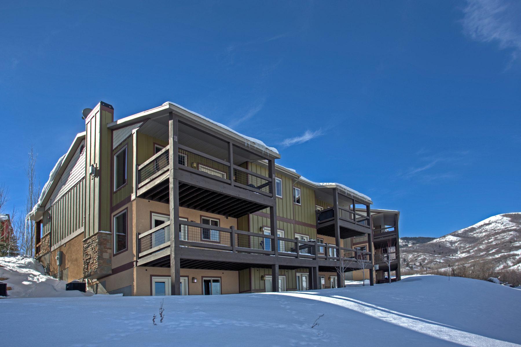 Copropriété pour l Vente à Townhome with Incredible Lake and Mountain Views 1414 Hailstone Dr Heber City, Utah 84032 États-Unis