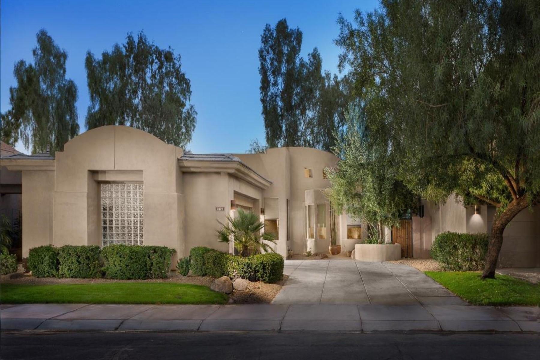 Nhà ở một gia đình vì Bán tại One level Capri Model in Gainey Valley 7371 E Vaquero Dr Scottsdale, Arizona, 85258 Hoa Kỳ