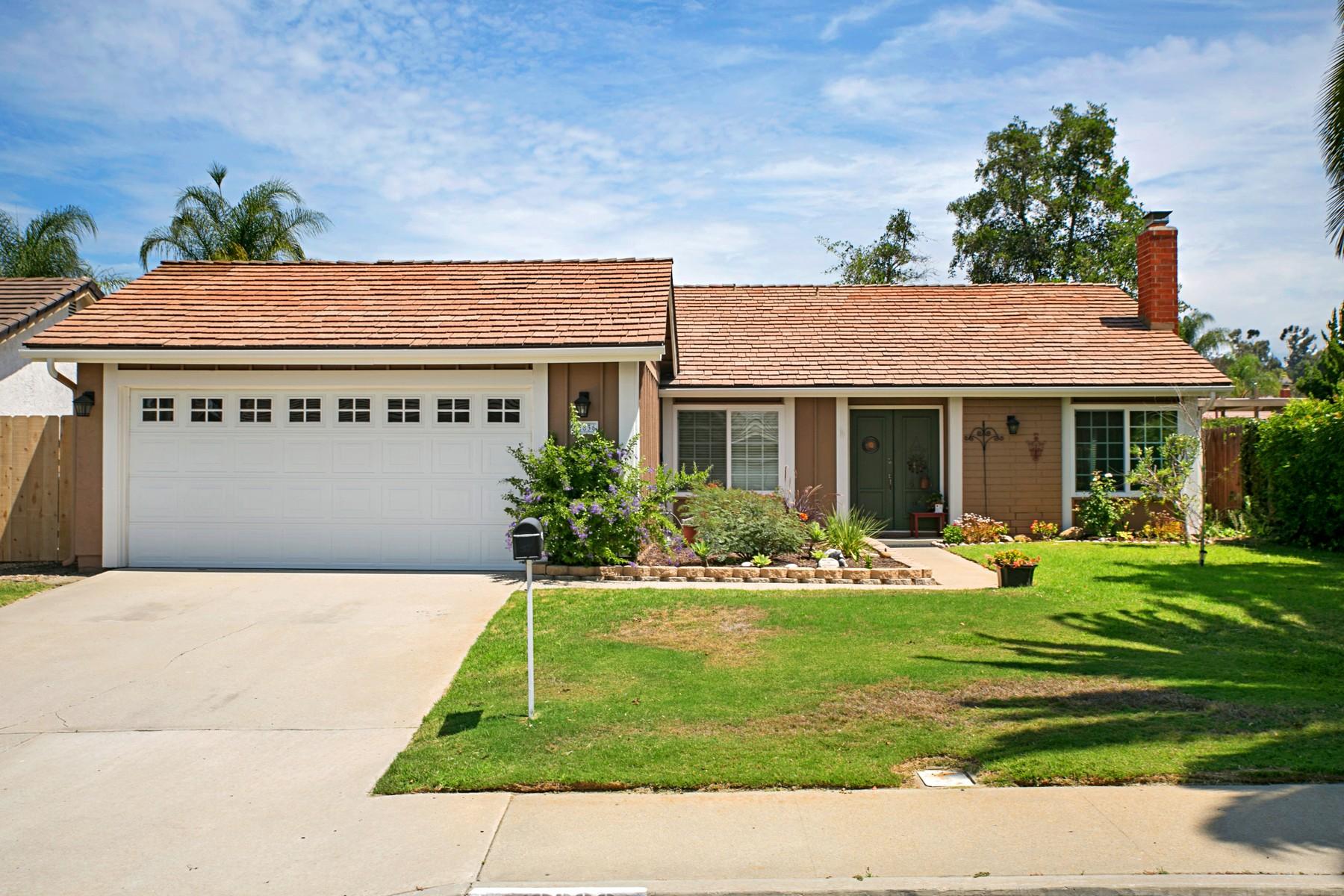 Casa Unifamiliar por un Venta en 12836 Elmfield Lane Poway, California 92064 Estados Unidos