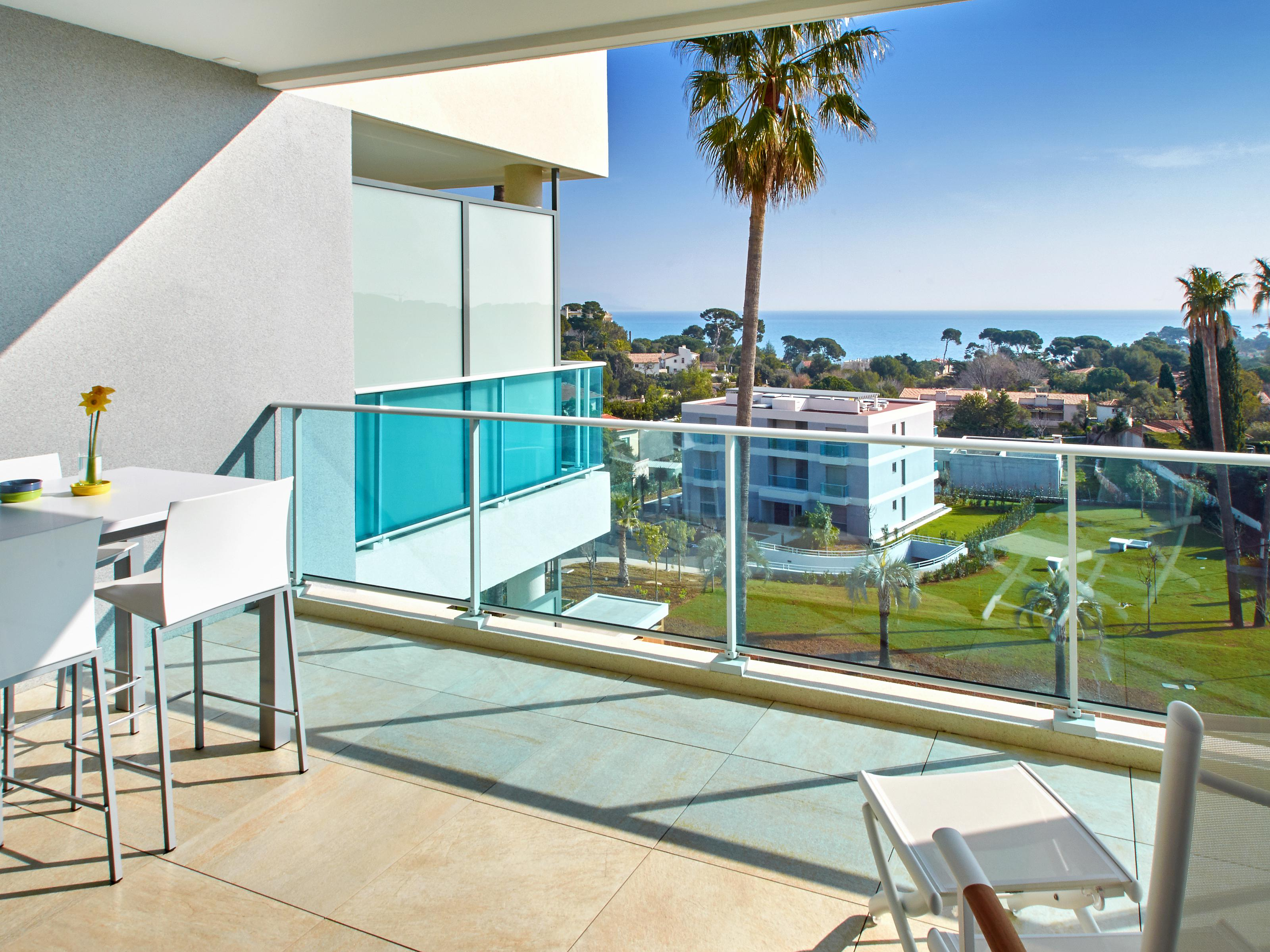Single Family Home for Sale at Apartment - Cap D'Antibes - sea view Cap D'Antibes, Provence-Alpes-Cote D'Azur 06160 France