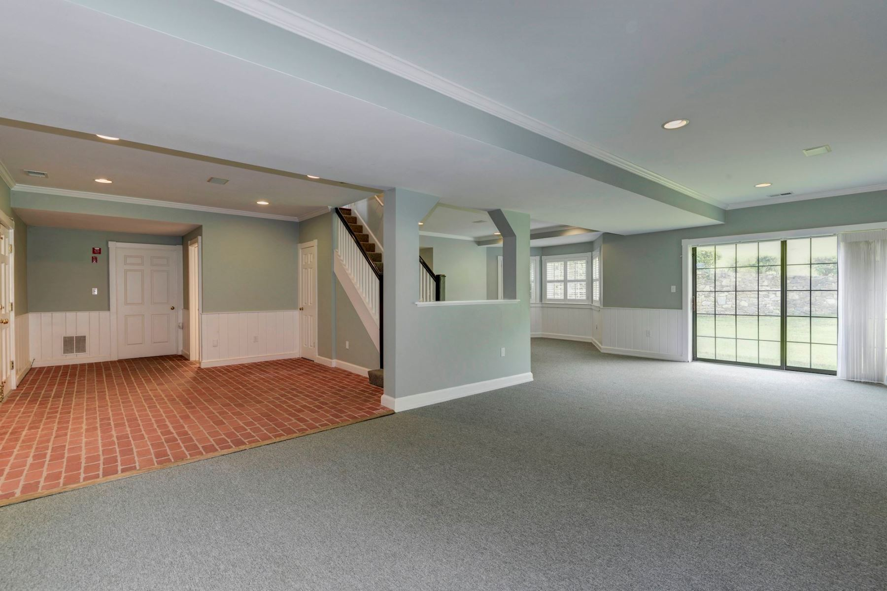 Additional photo for property listing at 14 Riverwood Court, Potomac 14 Riverwood Ct Potomac, Maryland 20854 United States