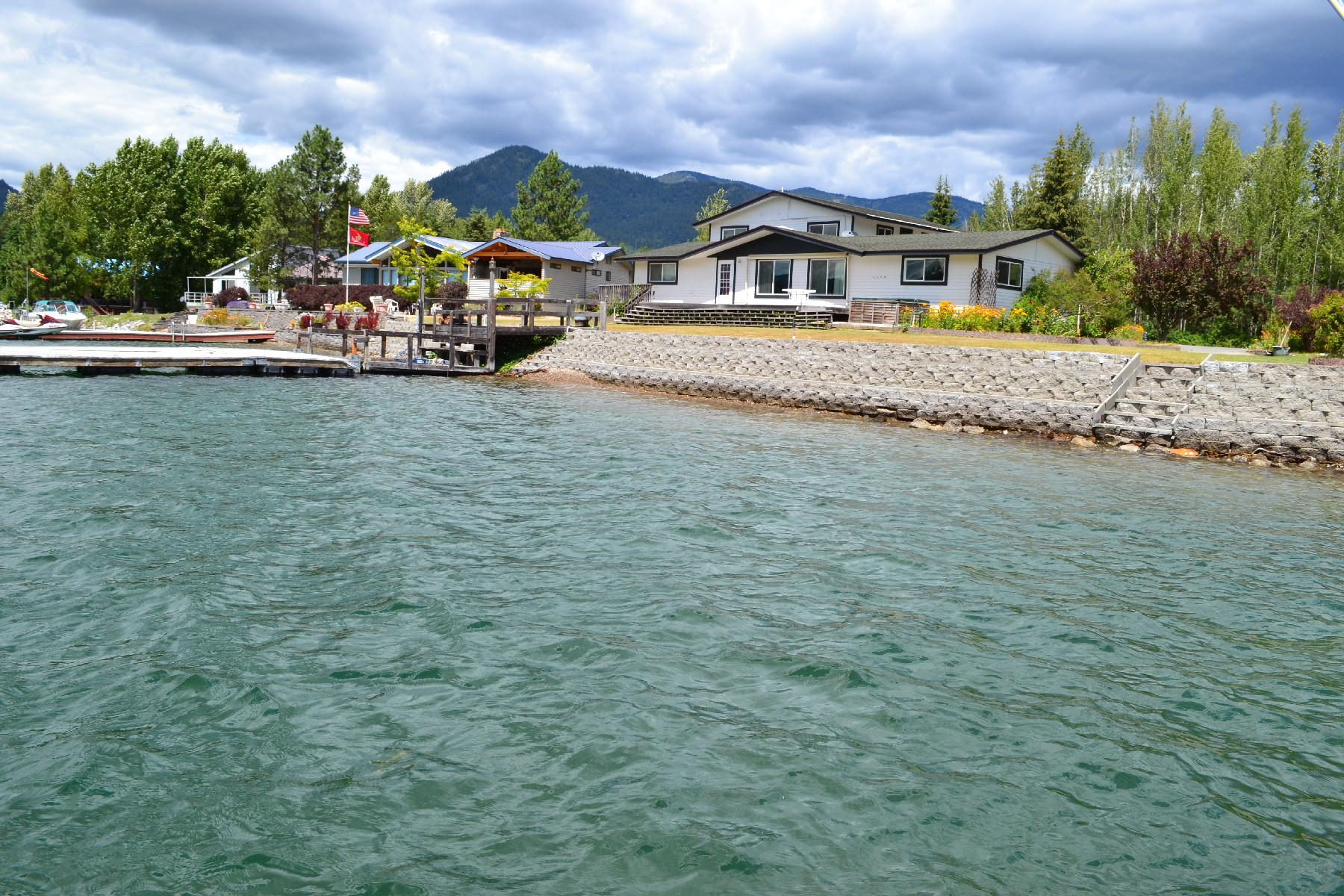 Single Family Home for Sale at 105' of Pend Oreille River frontage in Snug Harbor 500 Snug Harbor Sandpoint, Idaho, 83864 United States