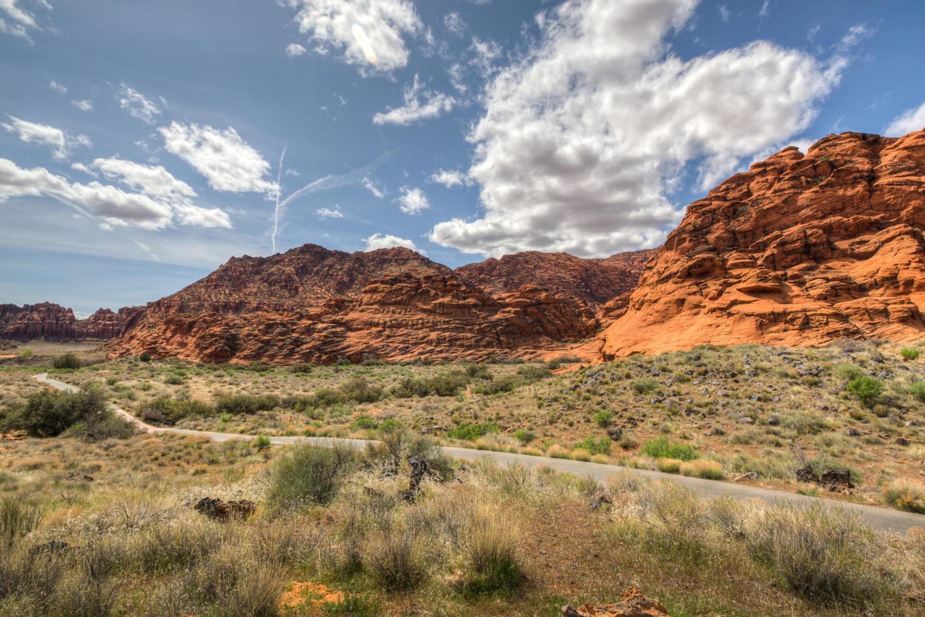 Terreno para Venda às Perfect Homesite at Valderra Lot 4 Painted Sky Dr St. George, Utah 84770 Estados Unidos