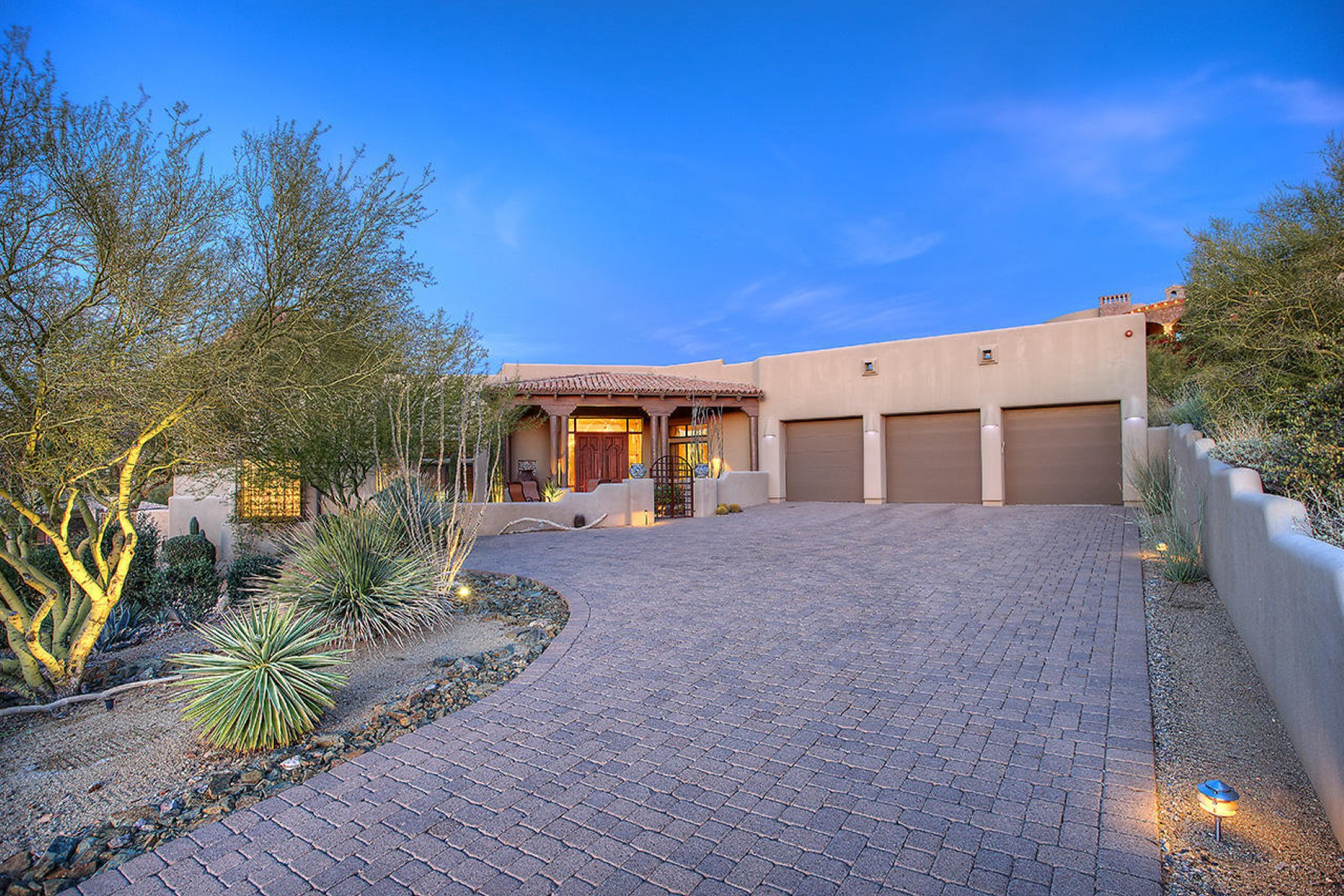 Vivienda unifamiliar por un Venta en Calvis Wyant luxury home 11480 E Troon Vista Drive Scottsdale, Arizona, 85255 Estados Unidos