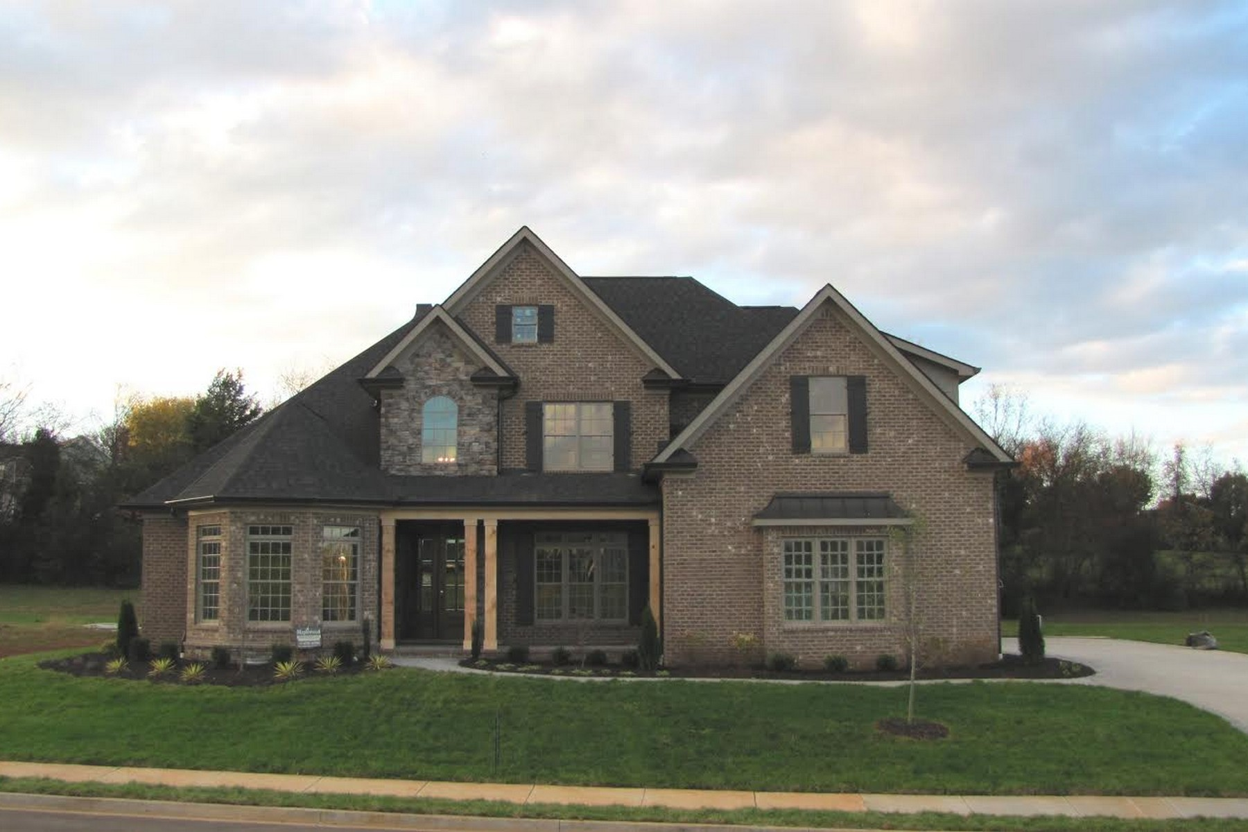 Villa per Vendita alle ore New Construction in Bridgemore Lot 203 Waterslea Lane Knoxville, Tennessee 37934 Stati Uniti