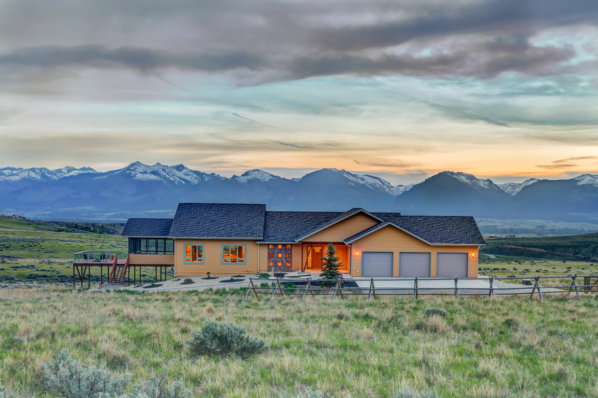 Single Family Home for Sale at 1782 Michaels Way Corvallis, Montana 59828 United States