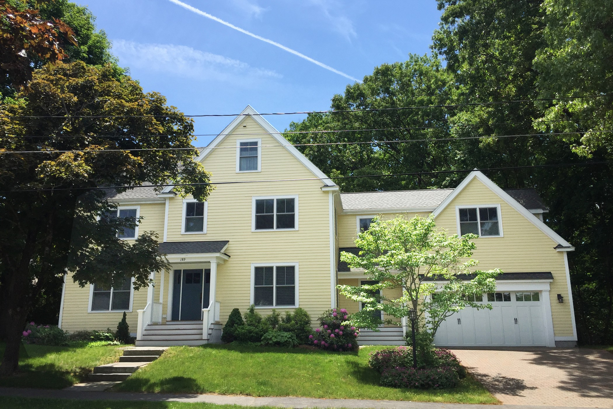 Single Family Home for Sale at Walk to West Concord Village 189 Prairie Street Concord, Massachusetts, 01742 United States