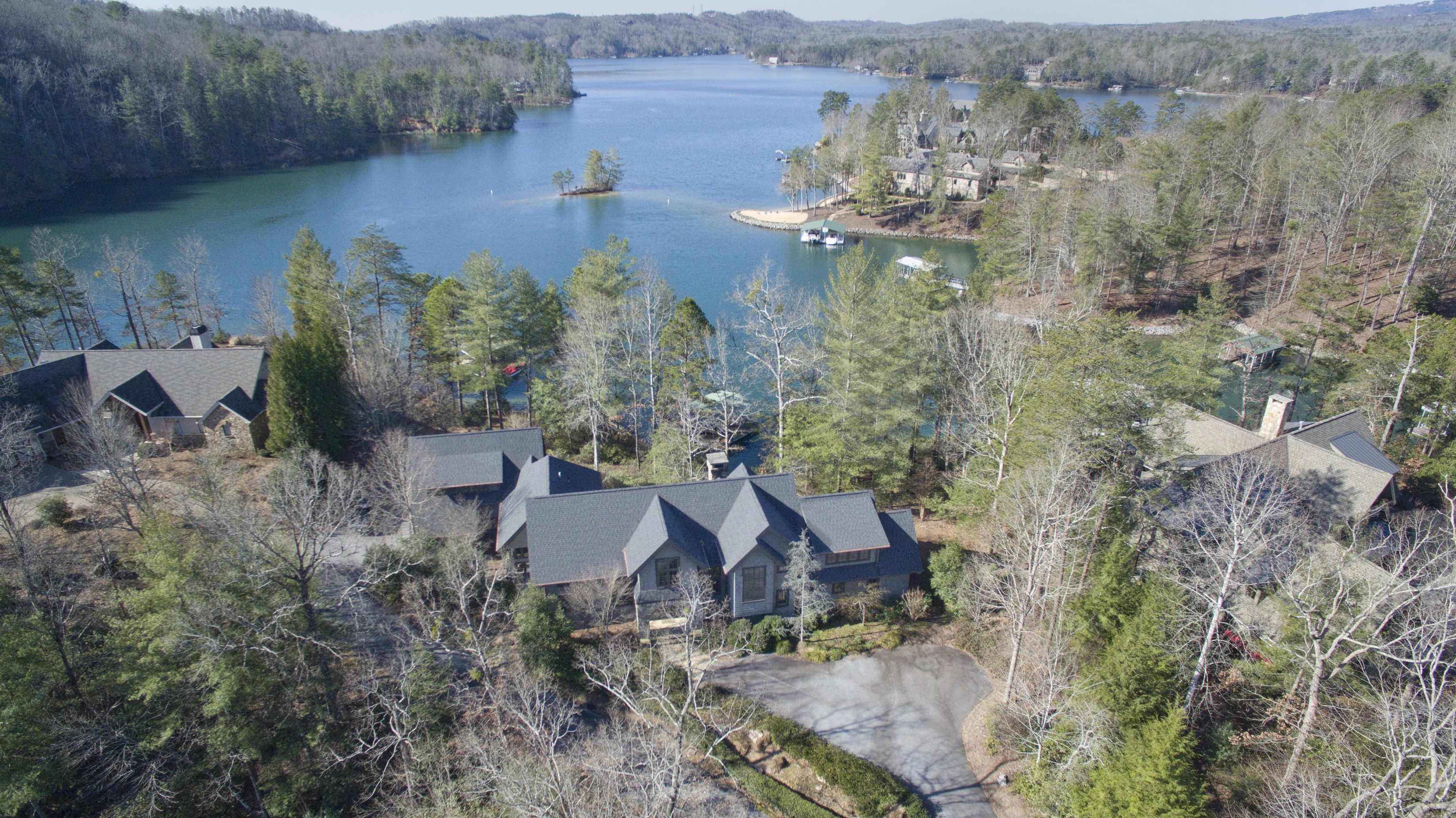 Single Family Home for Sale at Quintessential Lakehouse 108 Elderberry Way The Cliffs At Keowee Vineyards, Sunset, South Carolina, 29685 United States