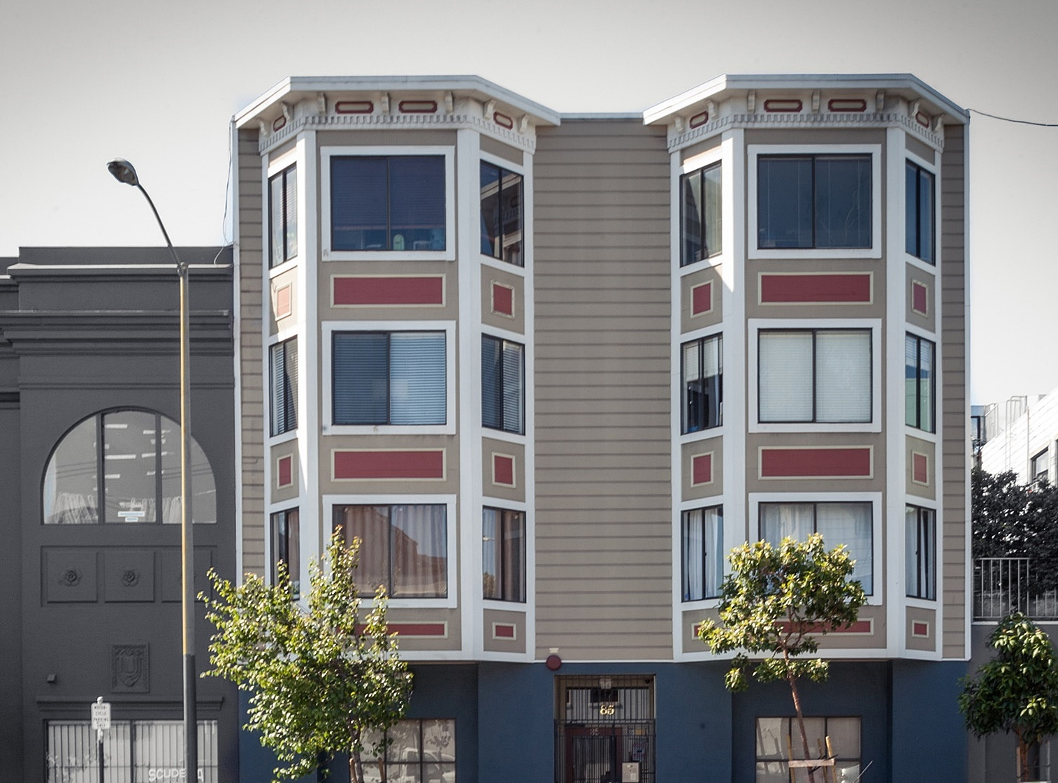 Condominium for Sale at The Lively And Trendsetting Mission District 85 Duboce Avenue San Francisco, California, 94103 United States