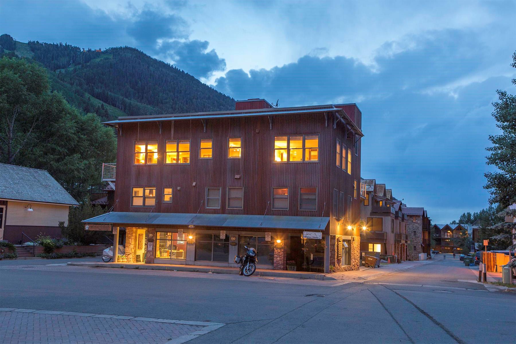 Eigentumswohnung für Verkauf beim Gold Dust Crossing A4 271 South Townsend Street, Unit A4 Telluride, Colorado, 81435 Vereinigte Staaten