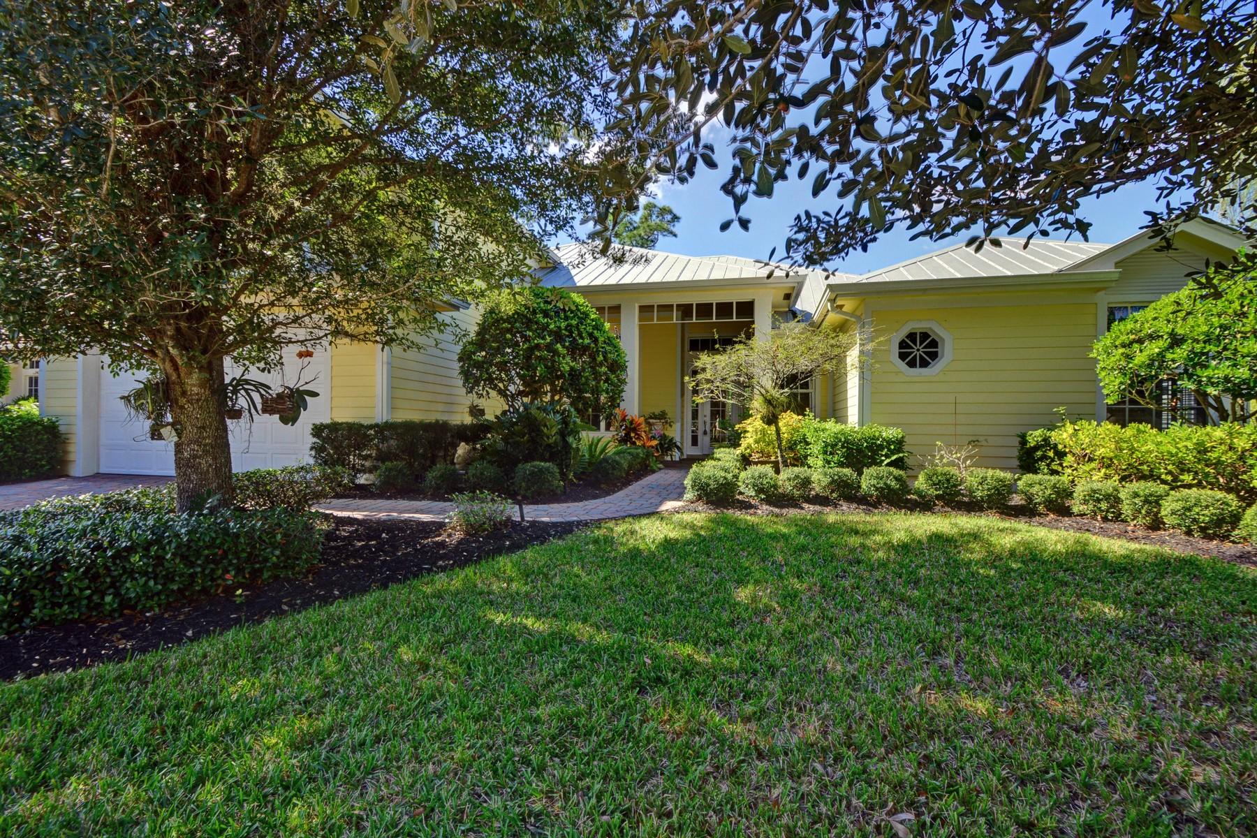 단독 가정 주택 용 매매 에 Outstanding Pool home 1105 Ansley Avenue SW Vero Beach, 플로리다 32968 미국
